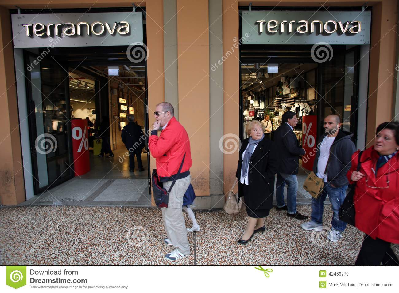 Clothing stores in italy. Cheap online clothing stores