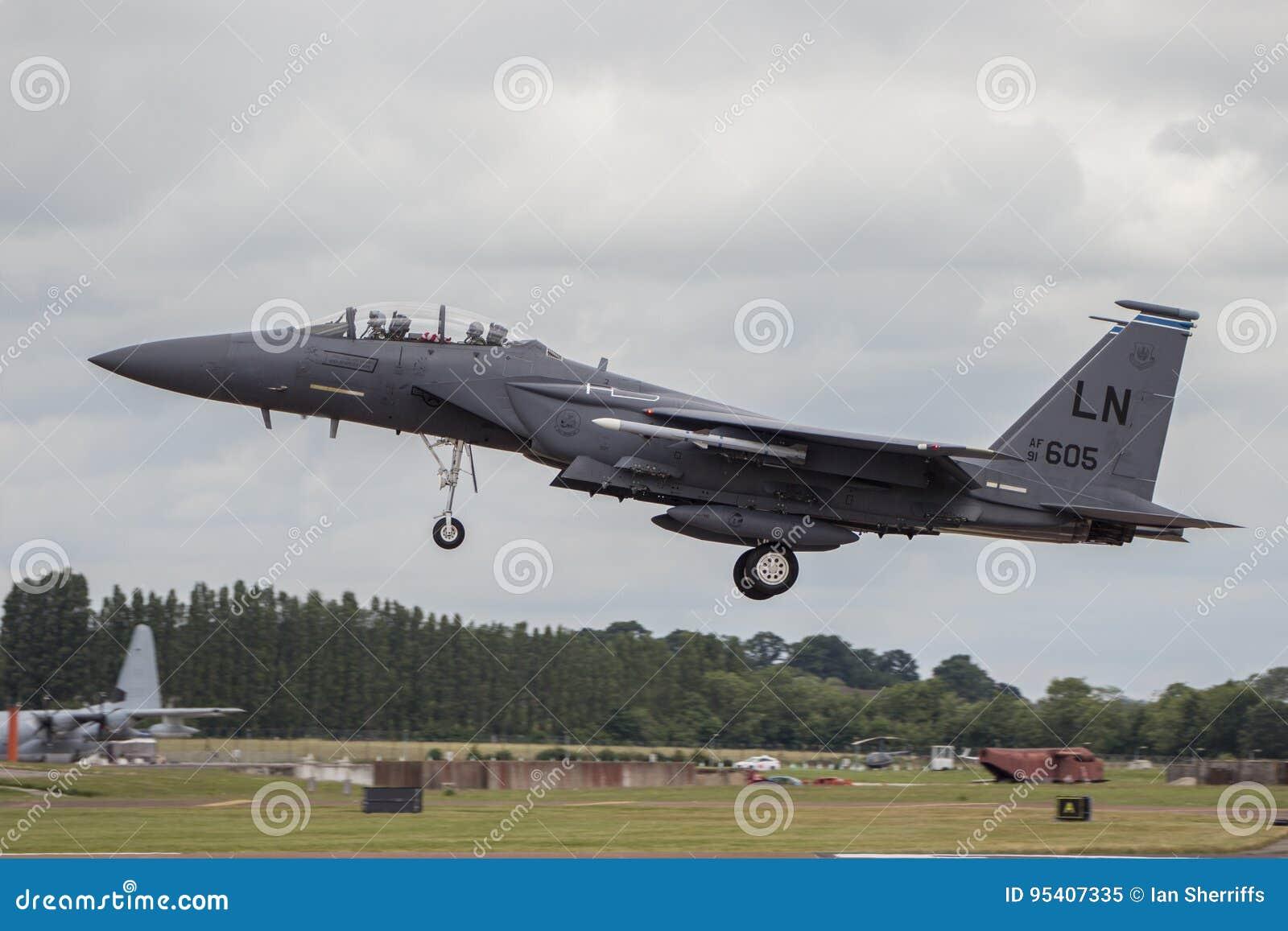 Terras do U.S.A.F. F15 em RIAT