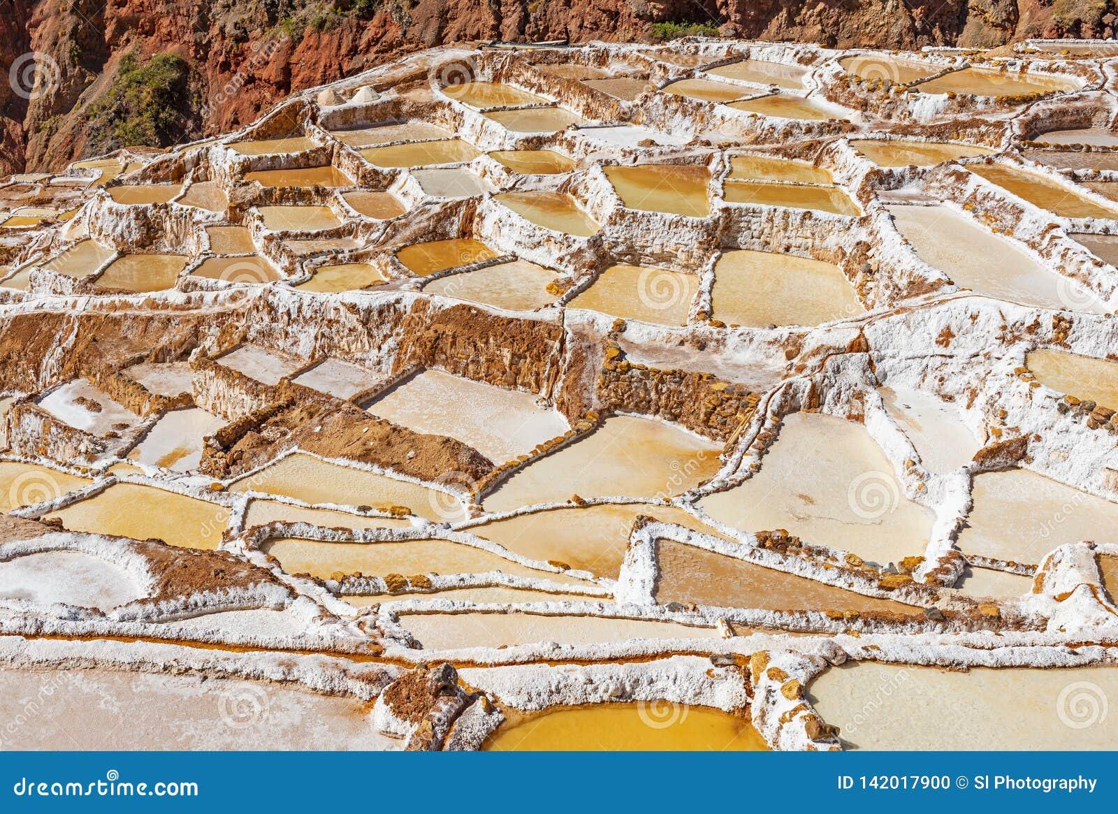 Terrasses de sel de Maras près de Cusco, Pérou