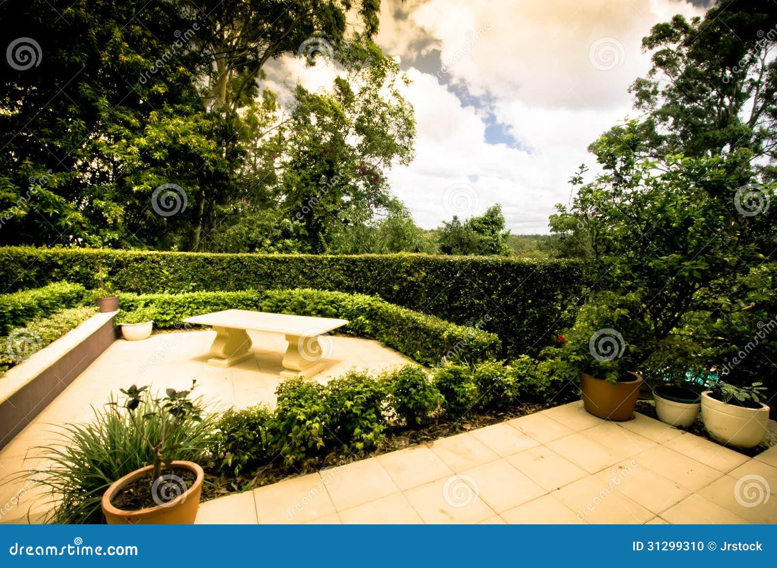 Terrasses Extérieures De Jardin Photo stock - Image du ...