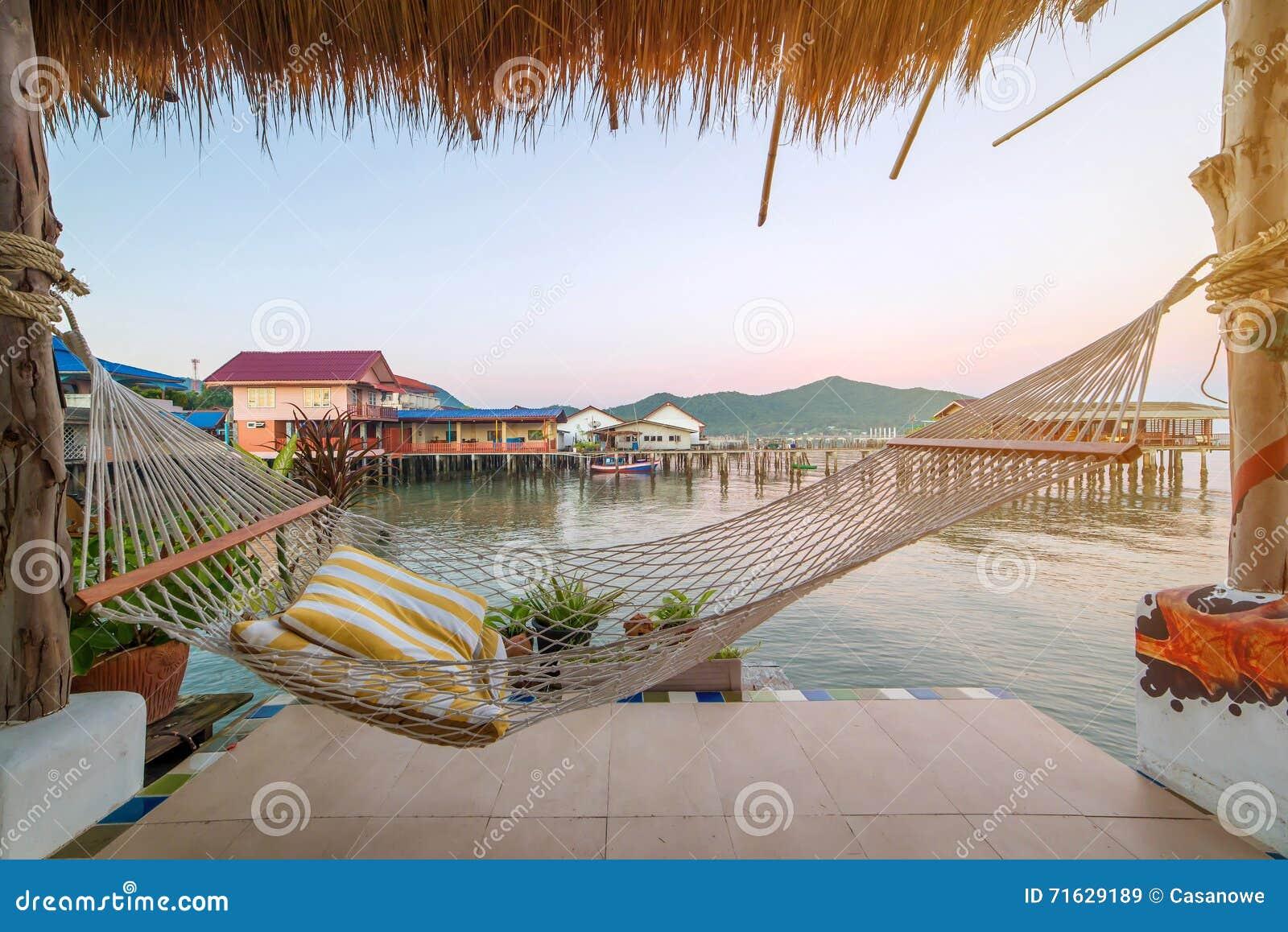 Hamacas terraza serenity resort u residences phuket for Hamaca plegable playa