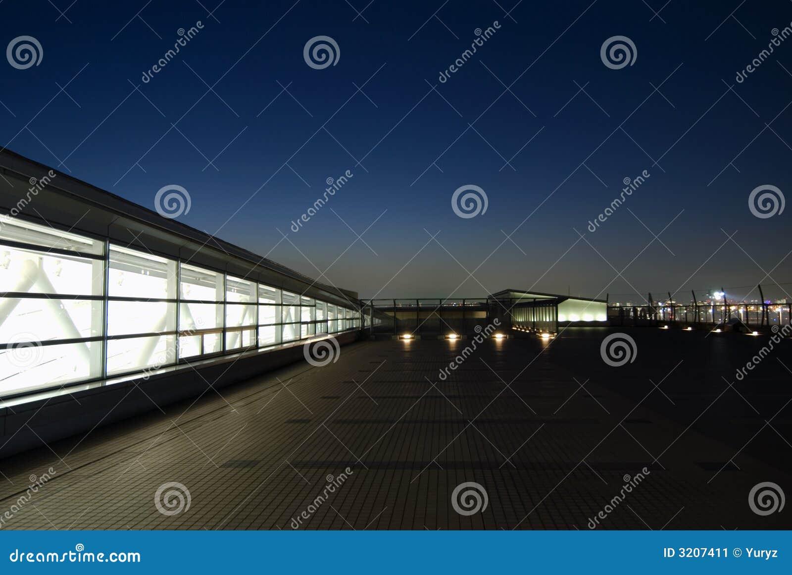 Terraza De La Noche Imagen De Archivo Imagen De Ciudad