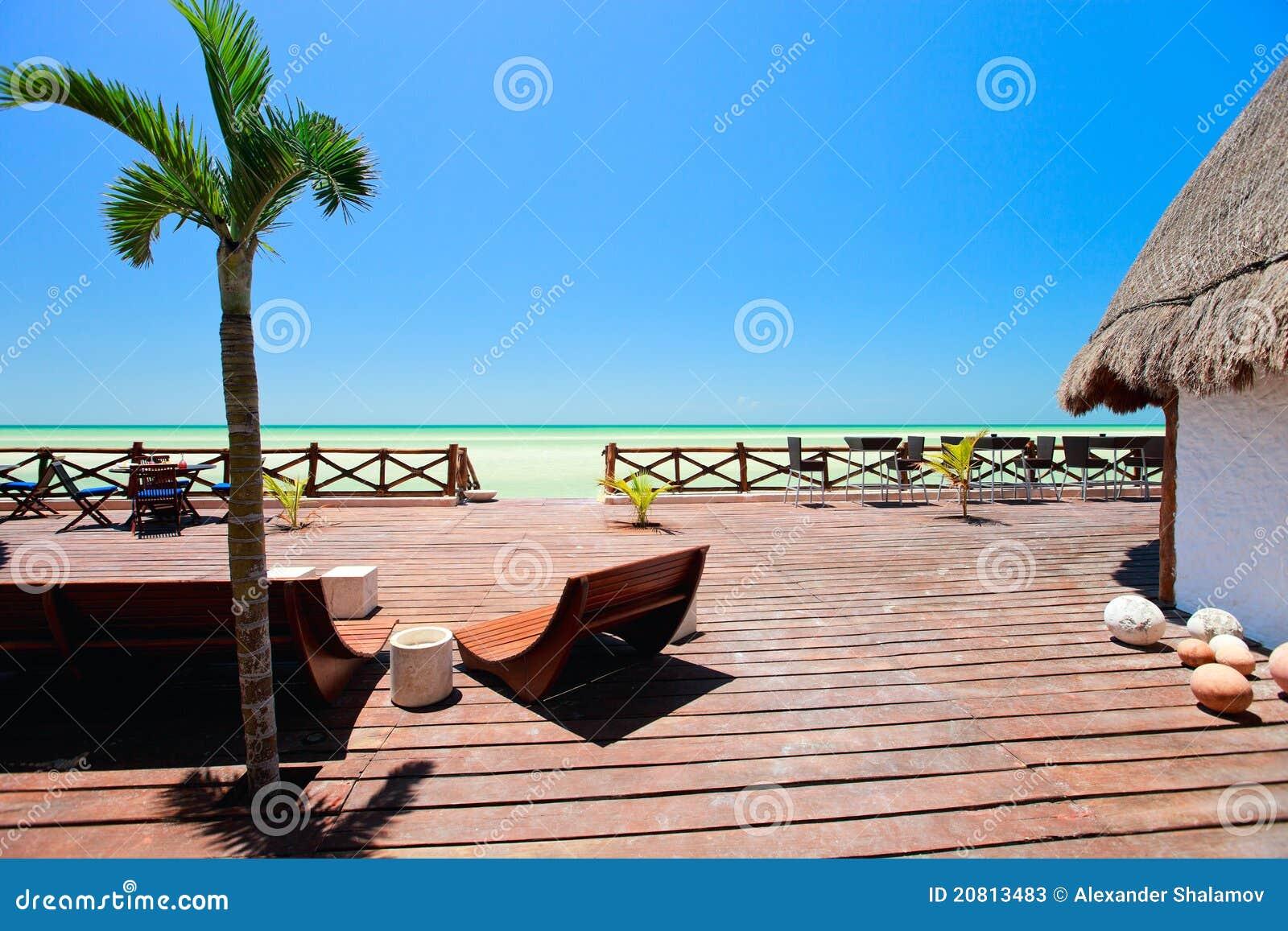 Terraza De Madera De La Playa Imagen De Archivo Imagen De