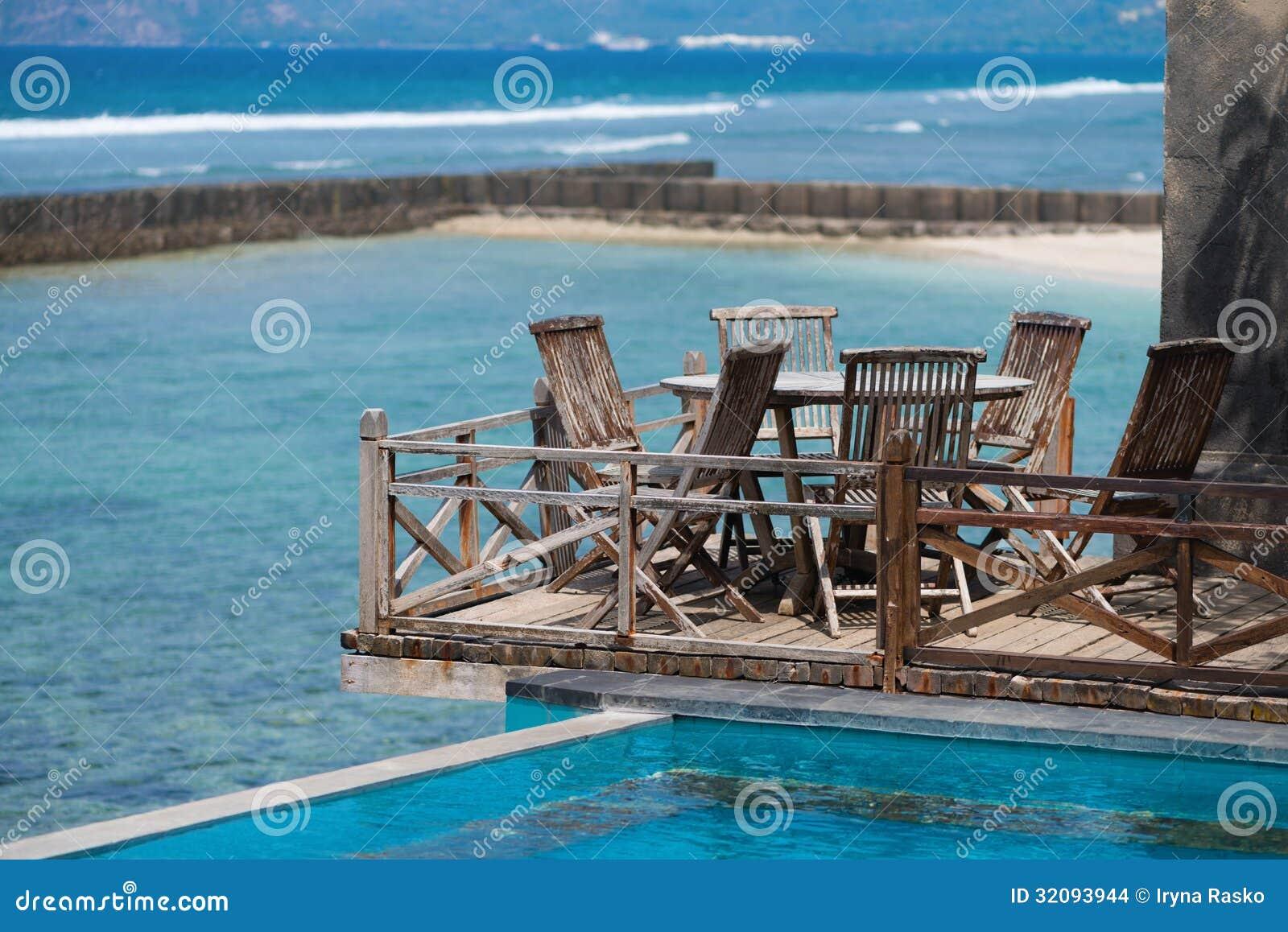 Terraza De Madera En La Playa Foto De Archivo Imagen De