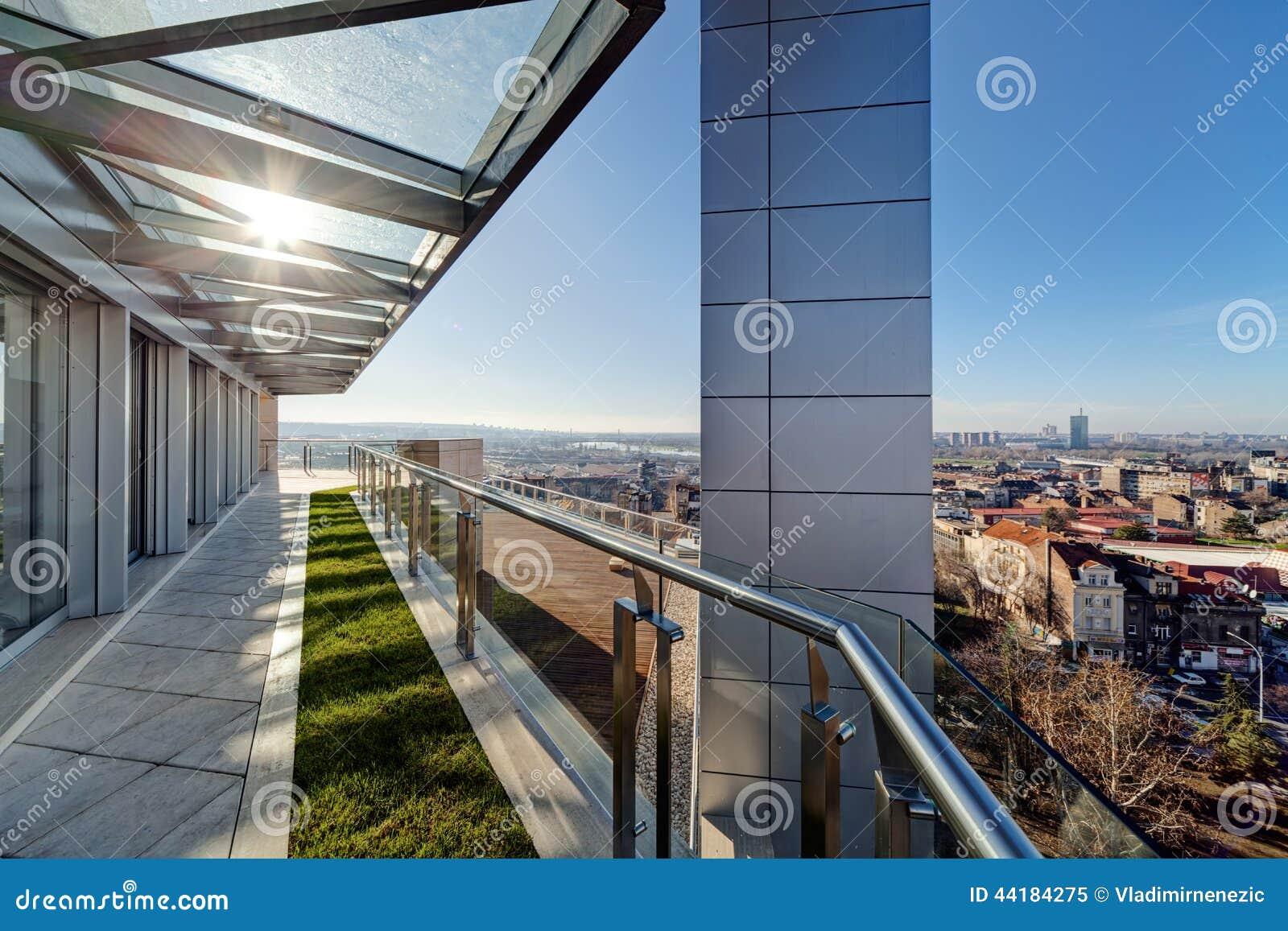 Terraza Moderna Del Edificio Imagen De Archivo Imagen De