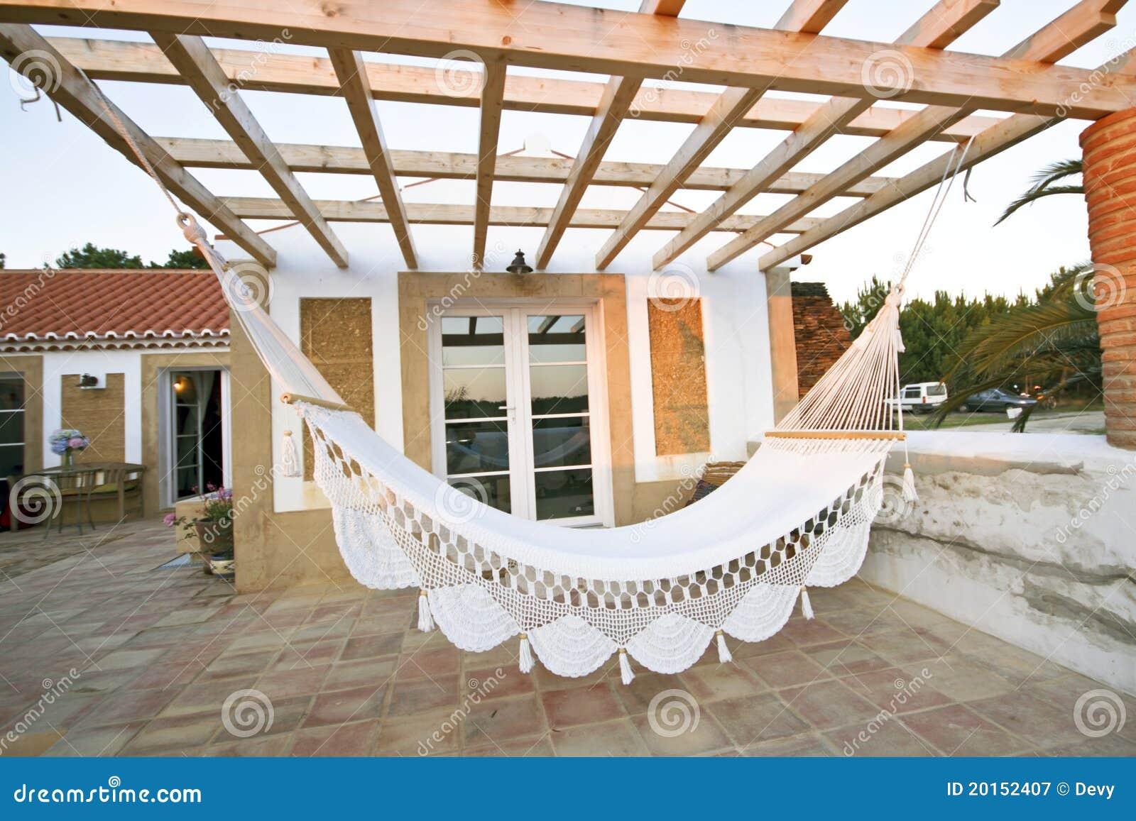 Terraza privada con la hamaca fotograf a de archivo libre - Hamacas para terraza ...