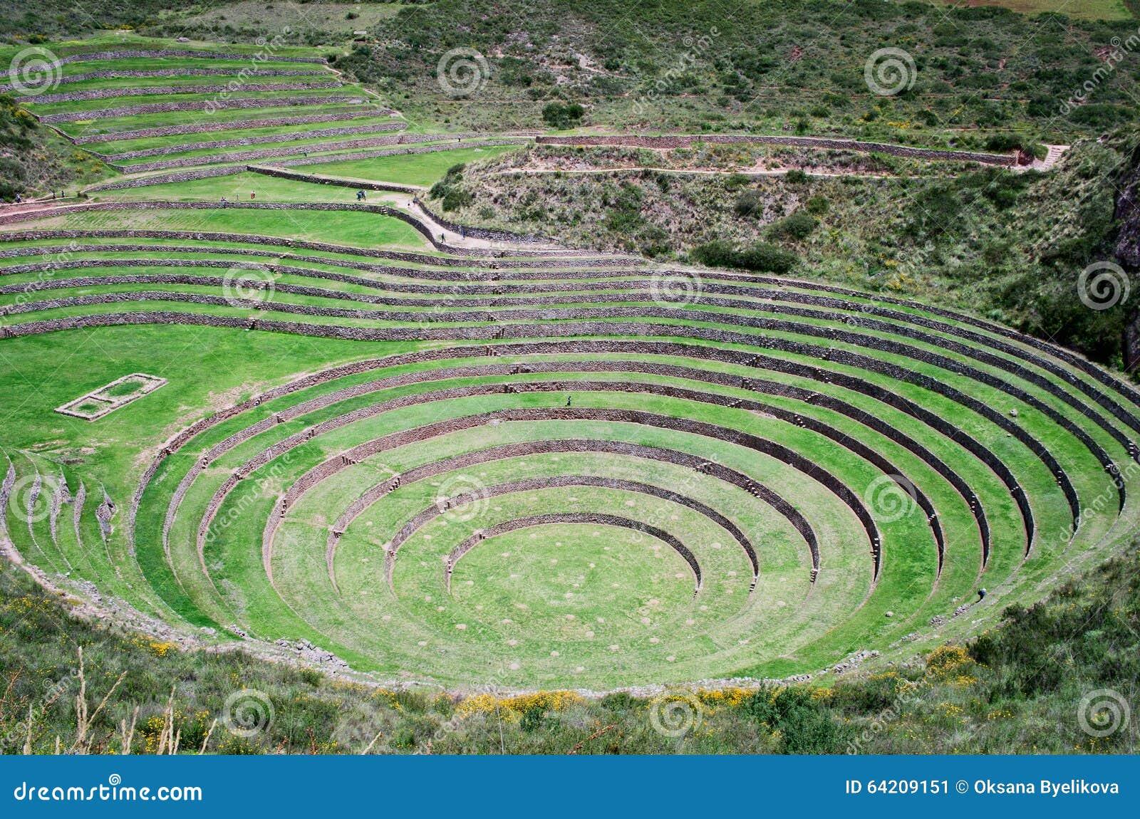 Terrazas agrícolas en Moray, Perú