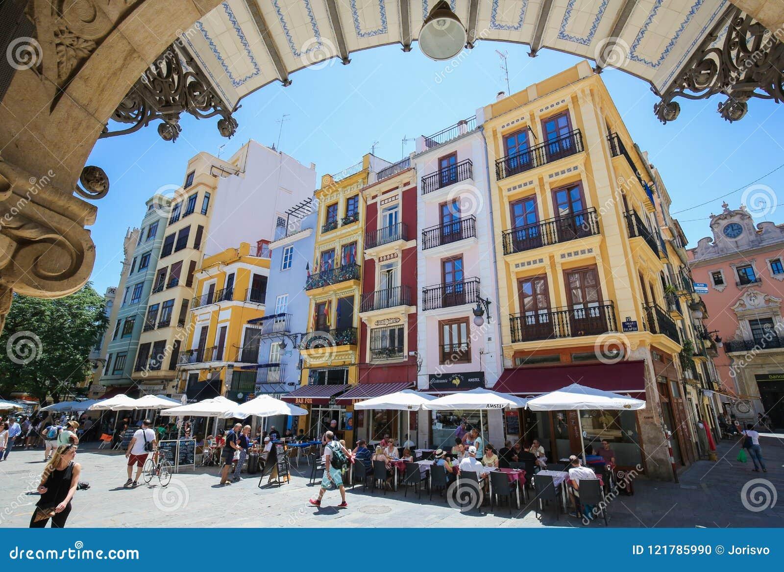 Terrazas En Los Restaurantes En Valencia Imagen Editorial