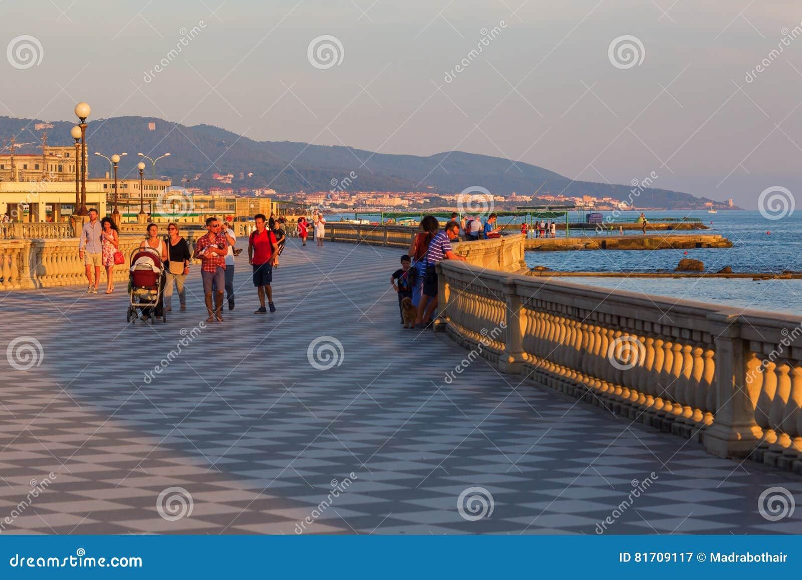 Terrazza Mascagni In Livorno, Italien Redaktionelles Stockfotografie ...