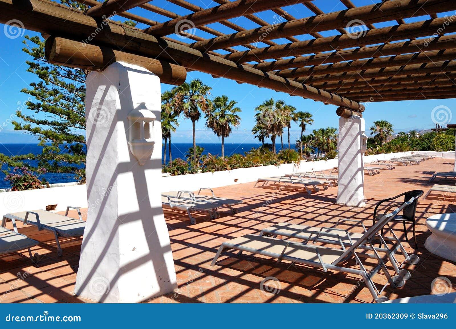 Terrazzo Coperto All\'albergo Di Lusso Immagine Stock - Immagine di ...