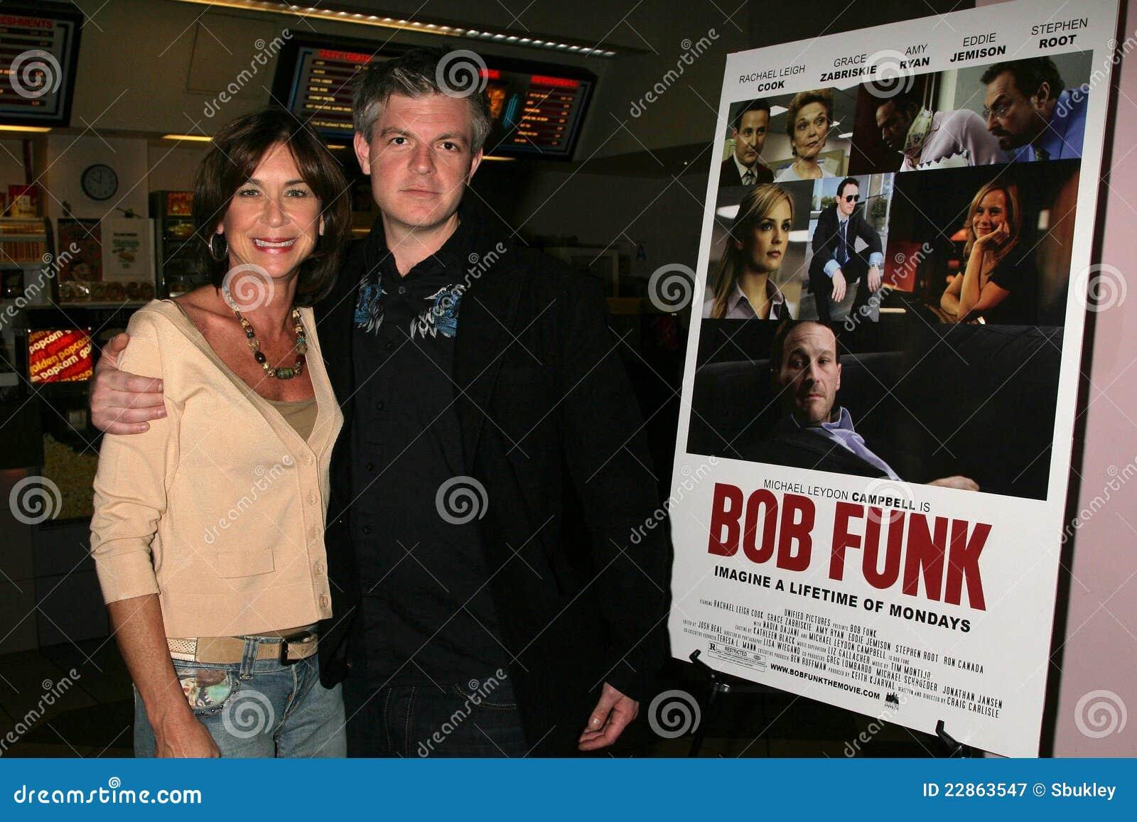 Terri Mann en Ben Ruffman bij de Première van Los Angeles van de ?Lafbek van het Loodje?. De Zonsondergang van Laemmle 5 Theaters,