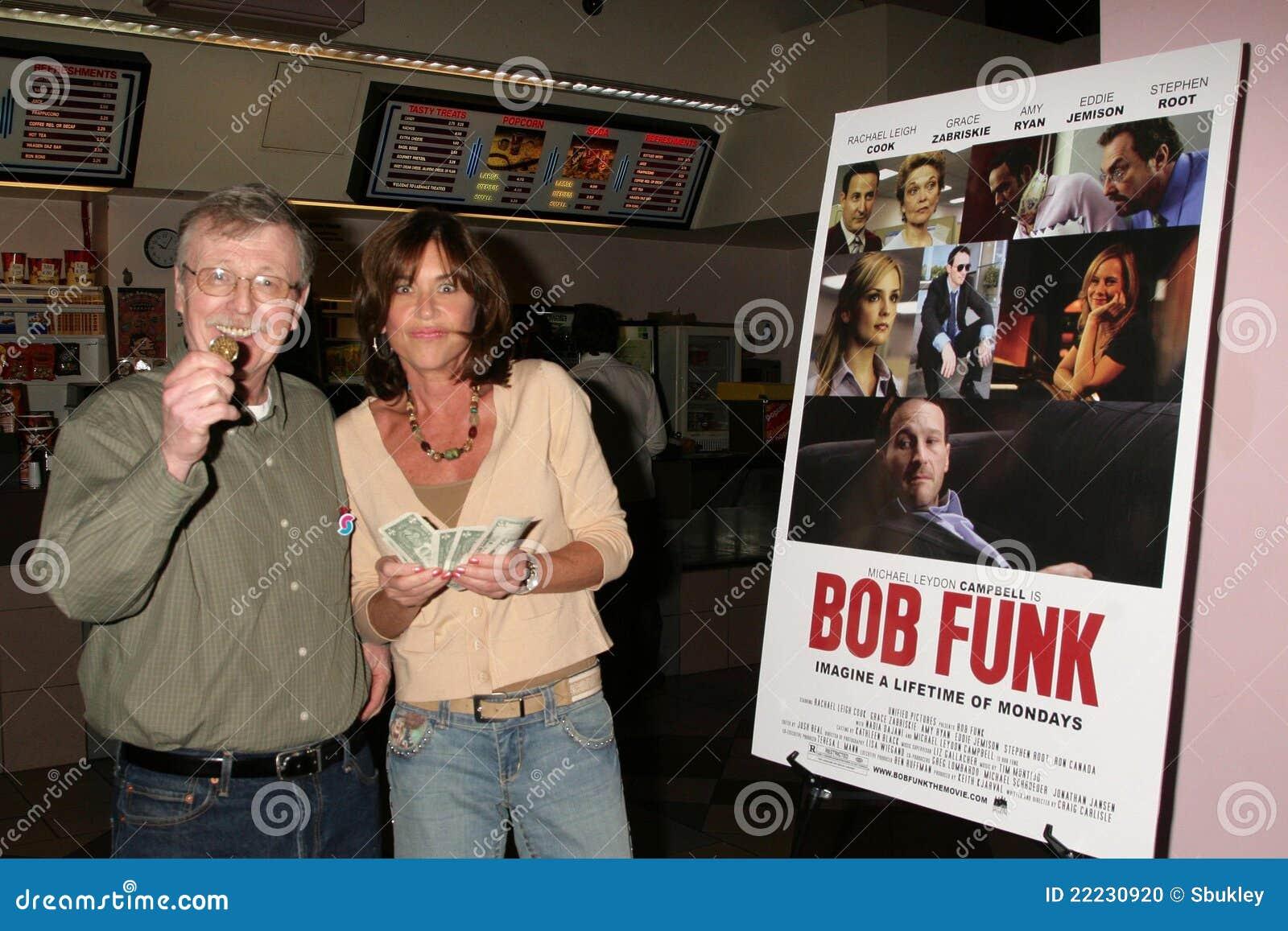 Terri Mann en la premier de Los Ángeles del ?canguelo de Bob?. Teatros de la puesta del sol 5 de Laemmle, Los Ángeles, CA 02-27-09