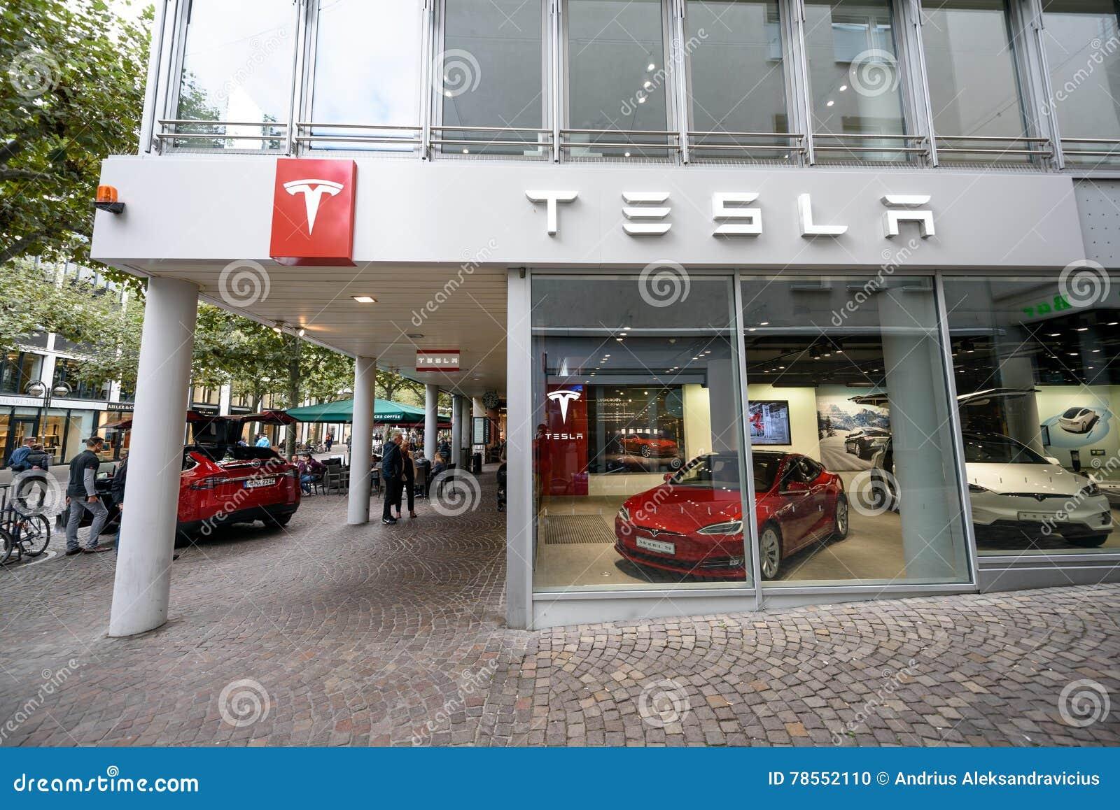 Tesla maszynowy sklep w Frankfurt