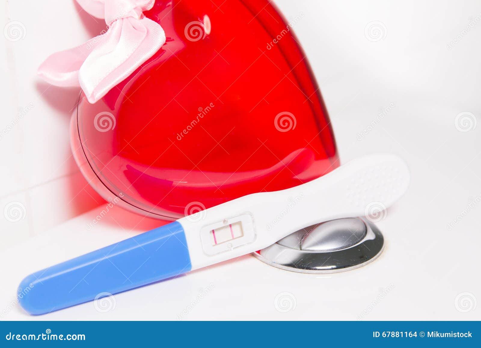 Test di gravidanza e cuore positivi