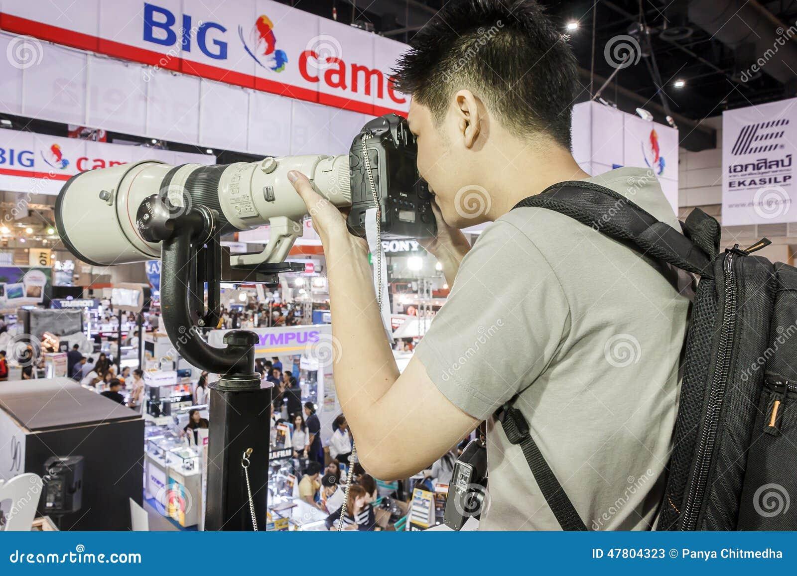 Testing camera and tele len