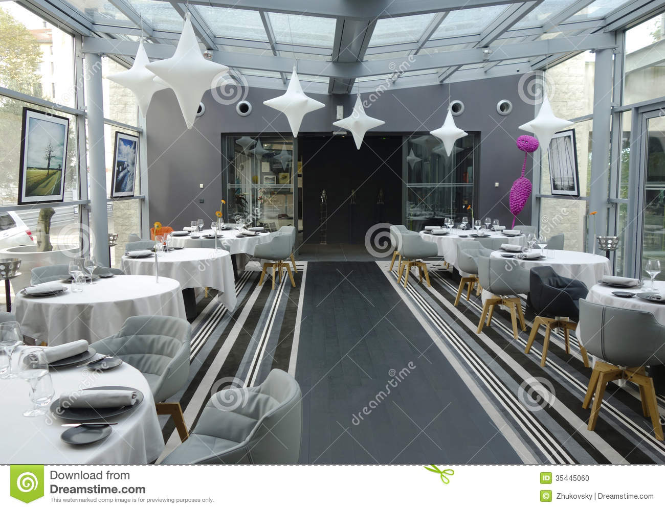 Tetedoie restaurant modern internal decoration in lyon for Stock cuisine lyon