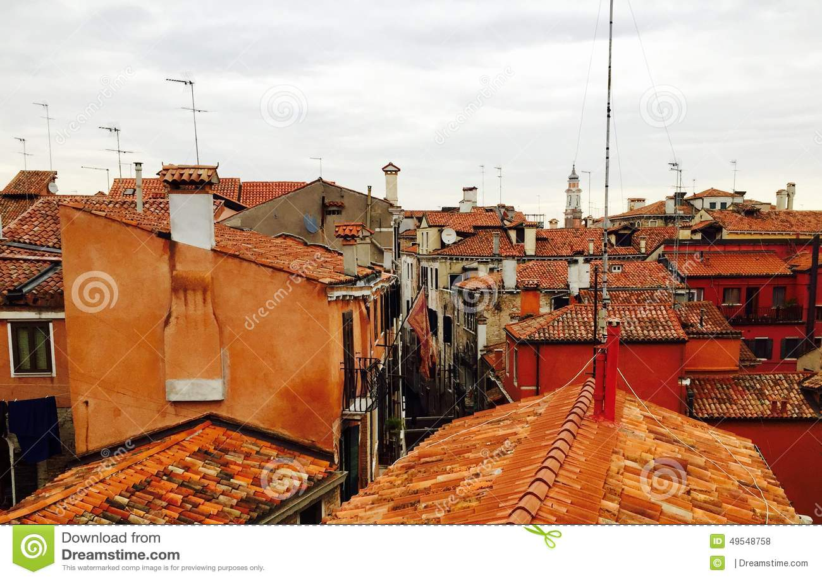 Tetti di Venezia fotografia stock. Immagine di tetti - 49548758