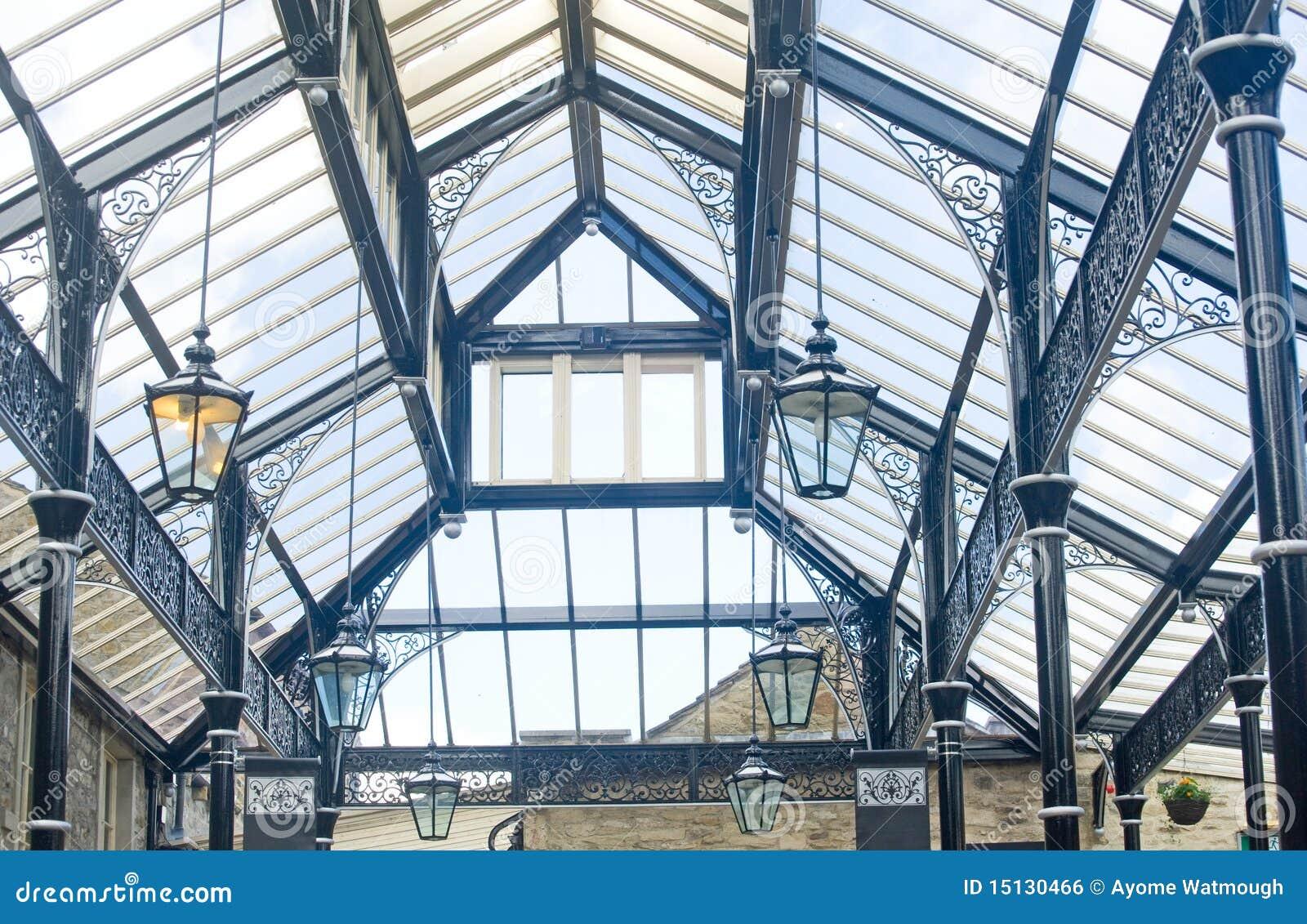 Tetto di vetro immagine stock libera da diritti for Tetto in vetro prezzi