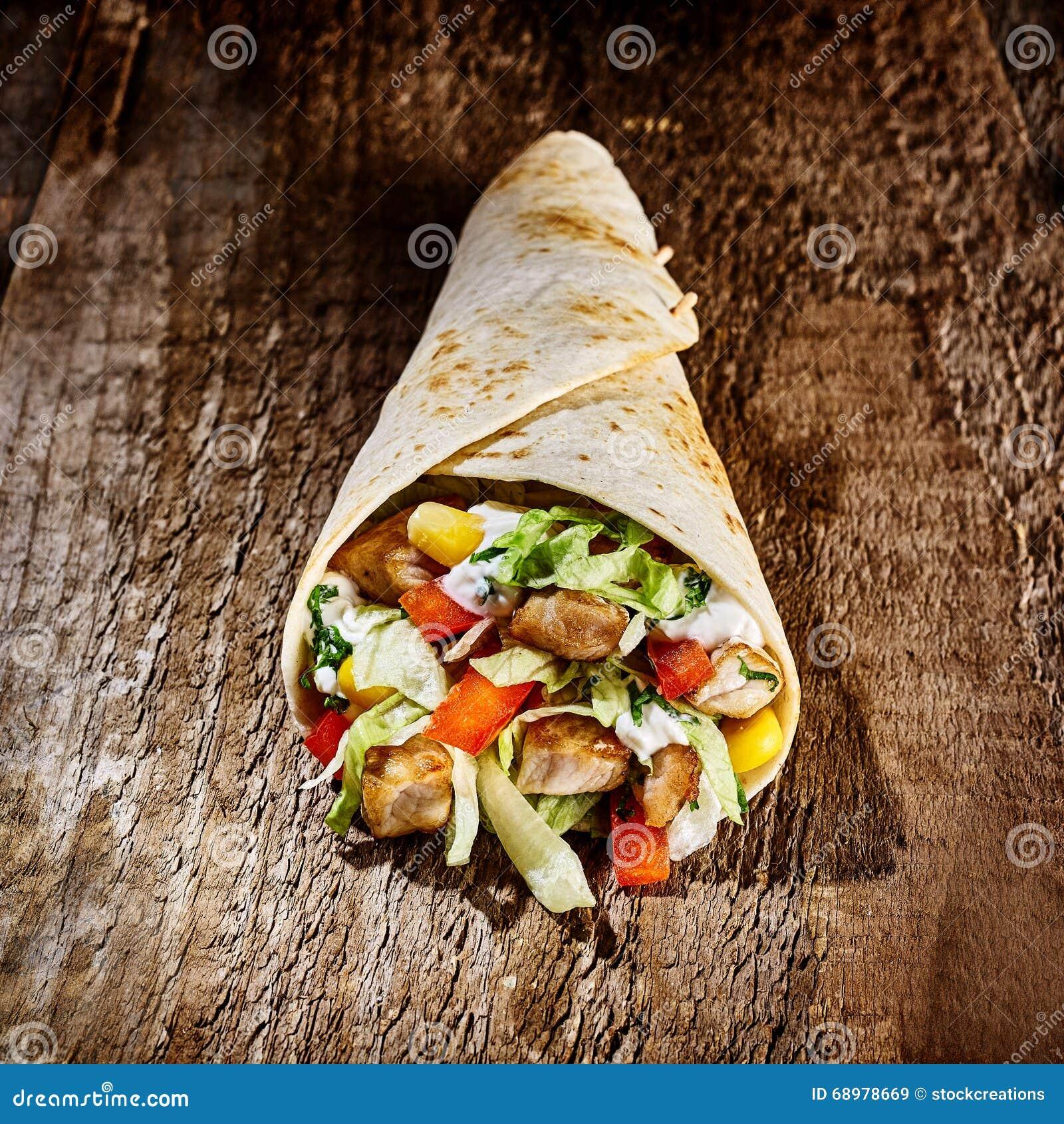 Tex Mex Wrap Stuffed con la carne y las verduras