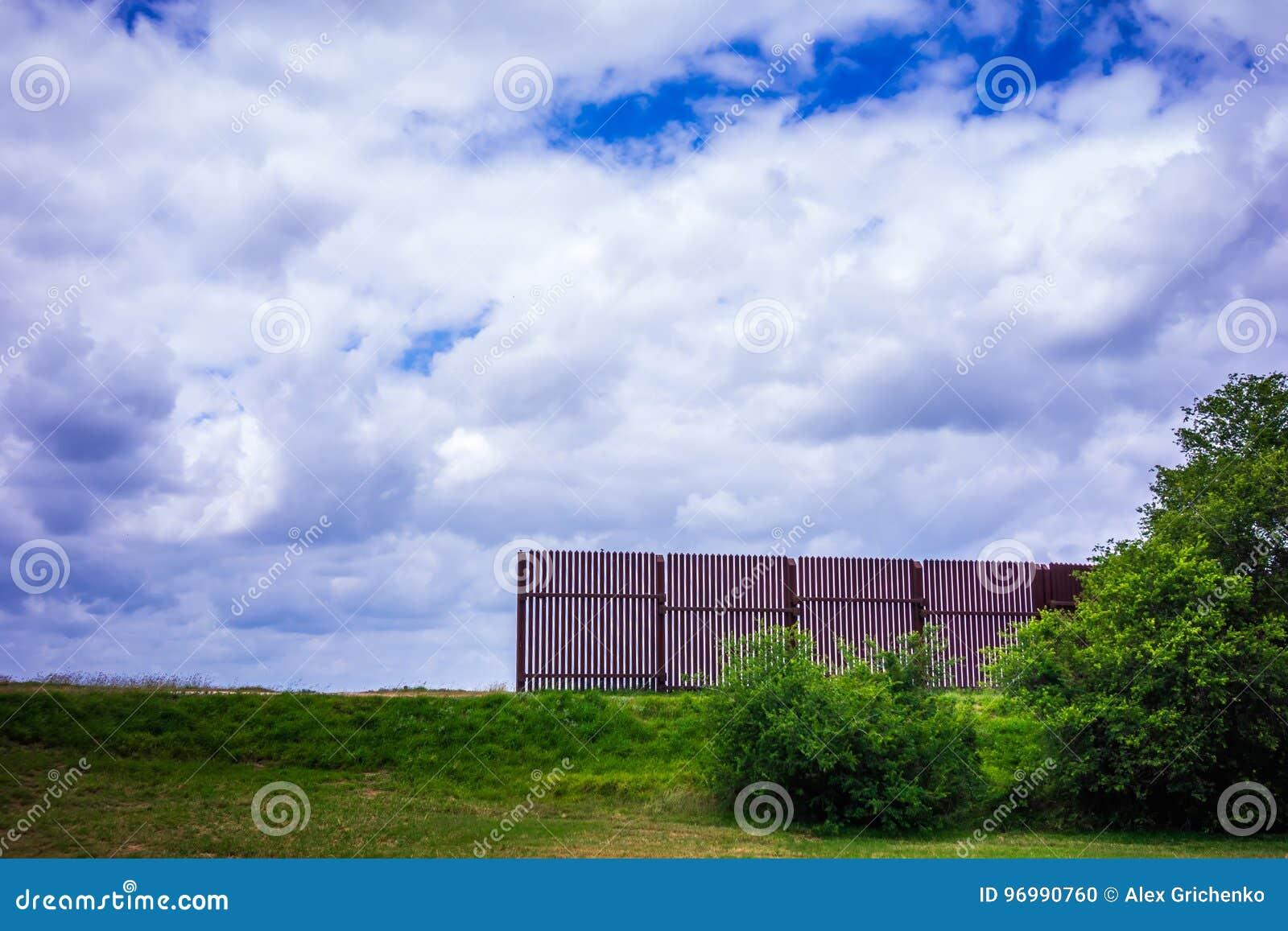 Texas mexico border wall separating from usa