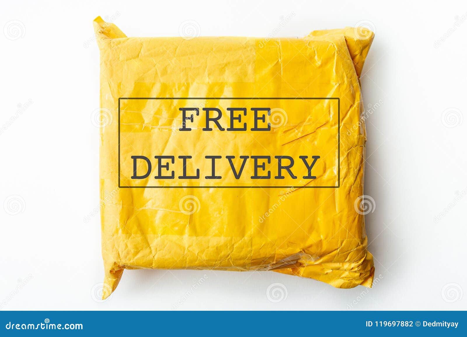 Texte GRATUIT de la LIVRAISON sur le paquet de colis ou la boîte jaune de cargaison avec le produit, expédition logistique gratui