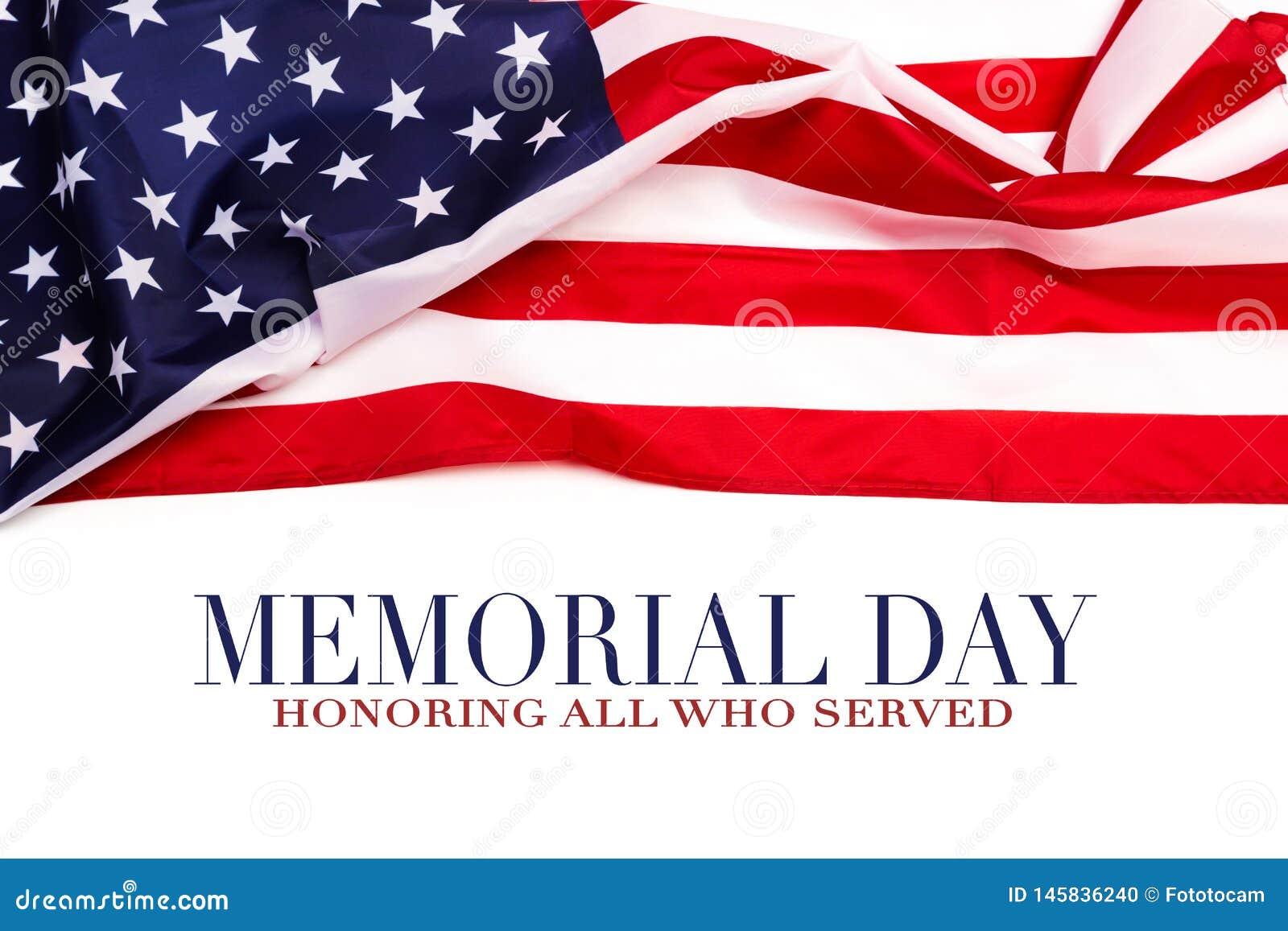 Texto Memorial Day en fondo de la bandera americana