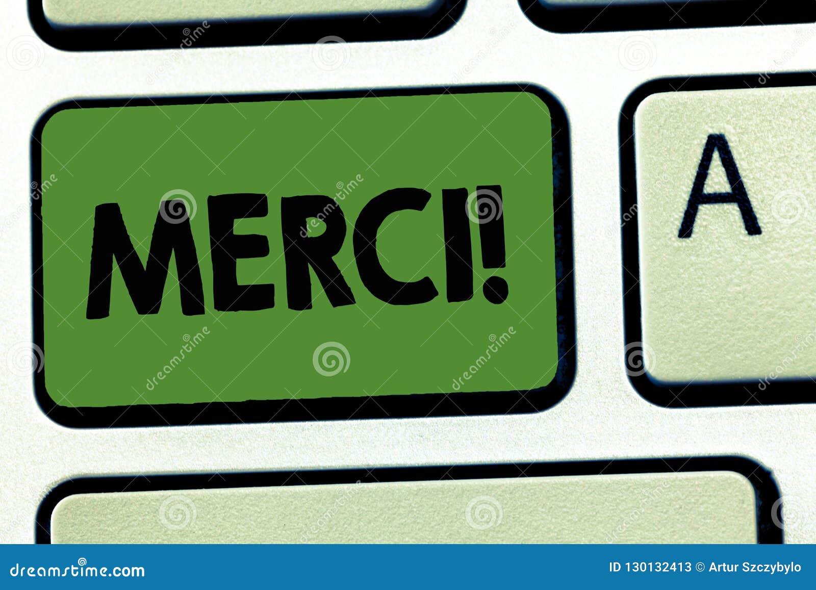 Texto Merci da escrita da palavra Conceito do negócio para definido como agradecem você na língua francesa que é grata a alguém