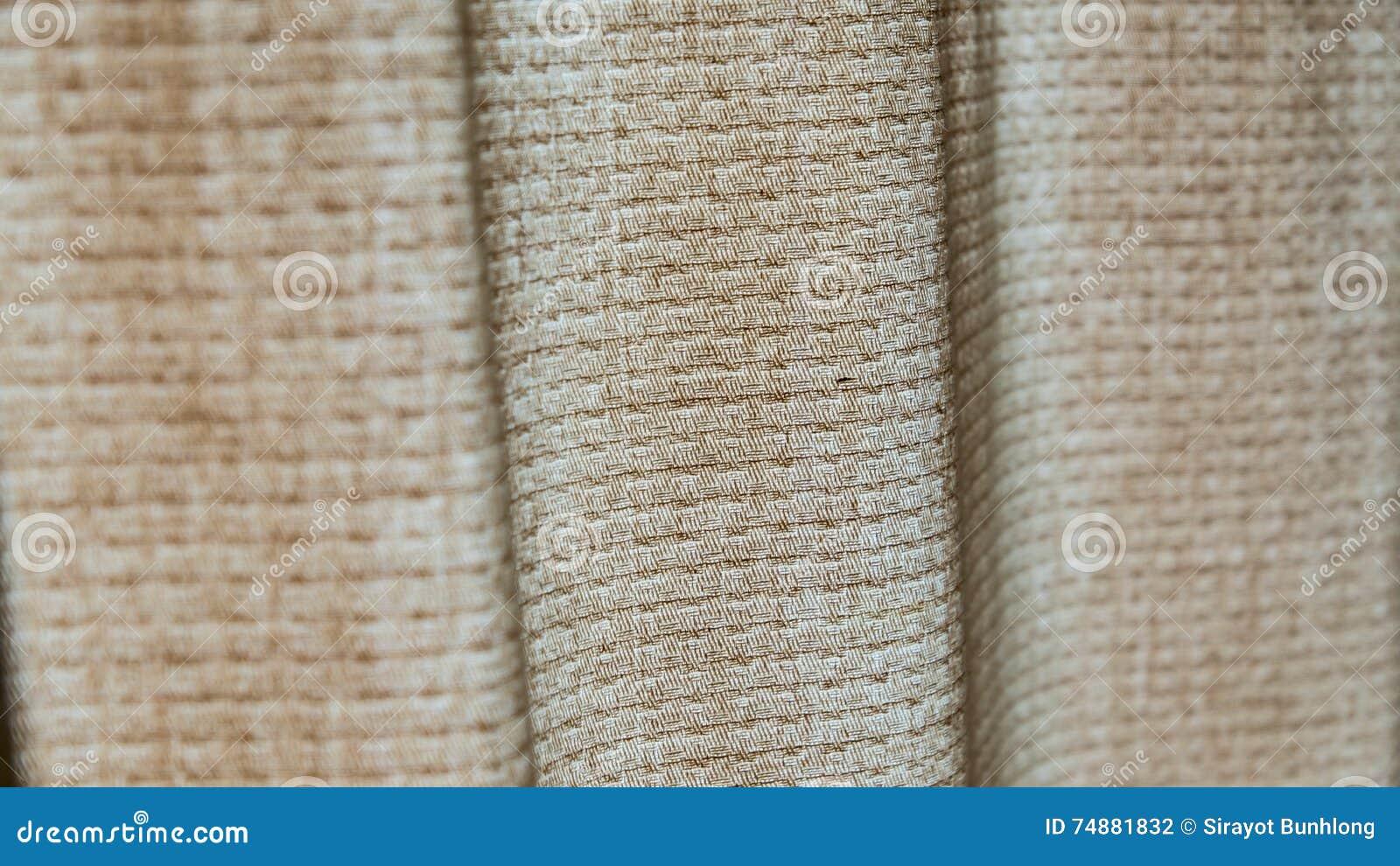 A textura é cortina de seda