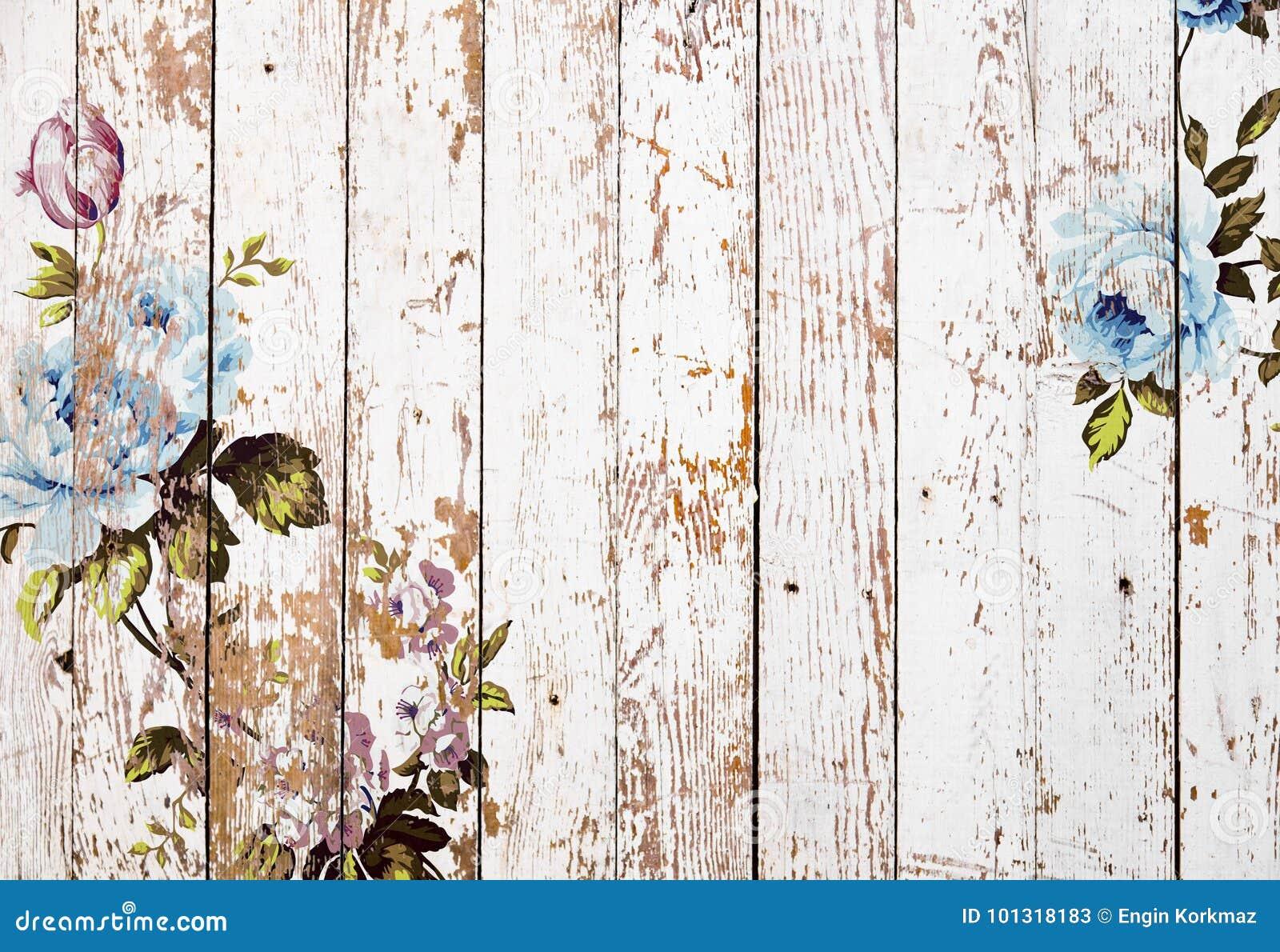 Textura de madera pelada con las rosas elegantes lamentables del vintage