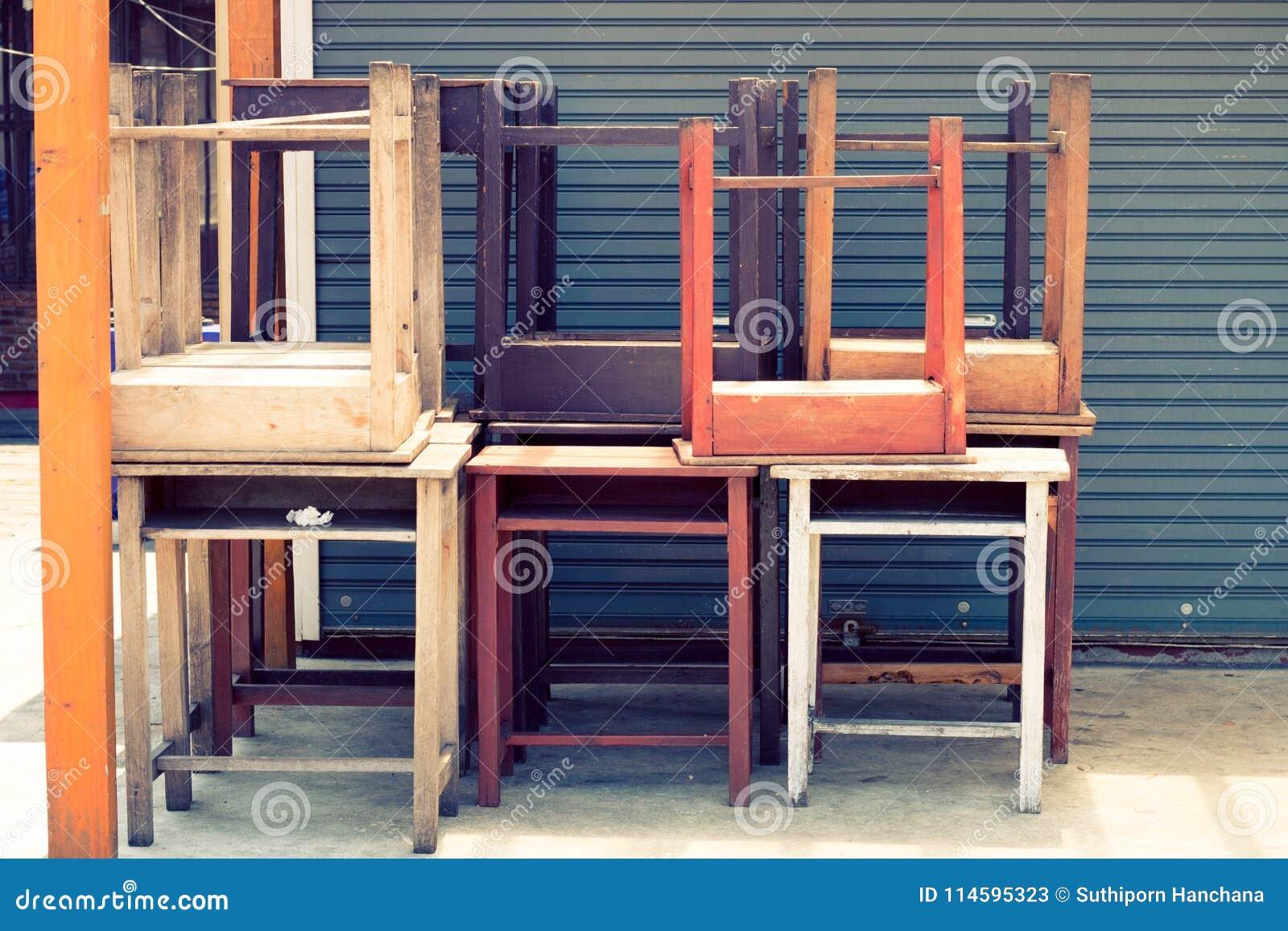 texture crative en bois et modle de couleur en pastel de chaise de vintage - Modele De Chaise