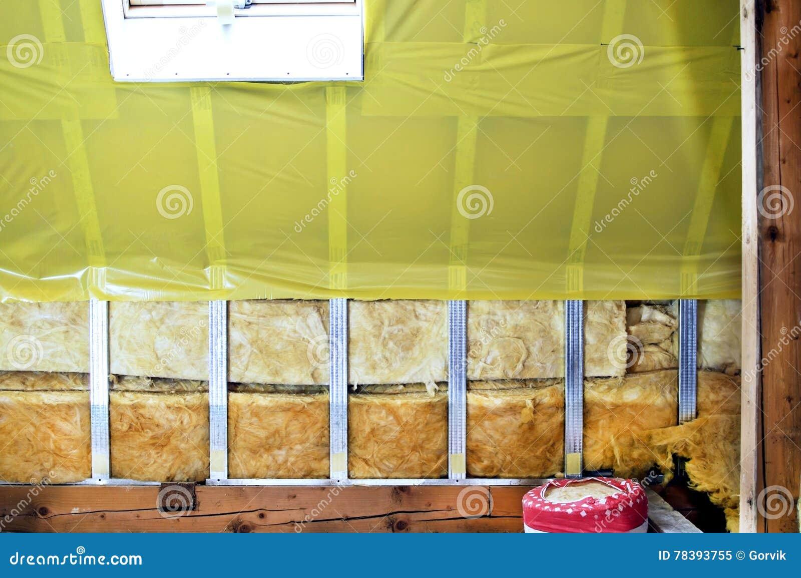 Textuur - zolder wanneer het installeren van het waterdicht maken
