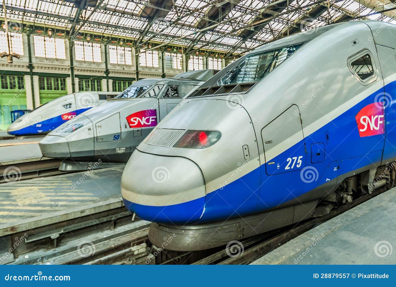 TGV prędkości francuza wysoki pociąg
