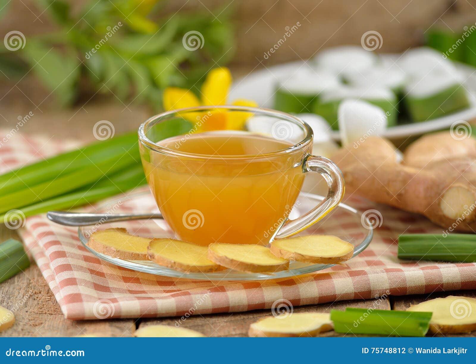 Thé chaud de gingembre
