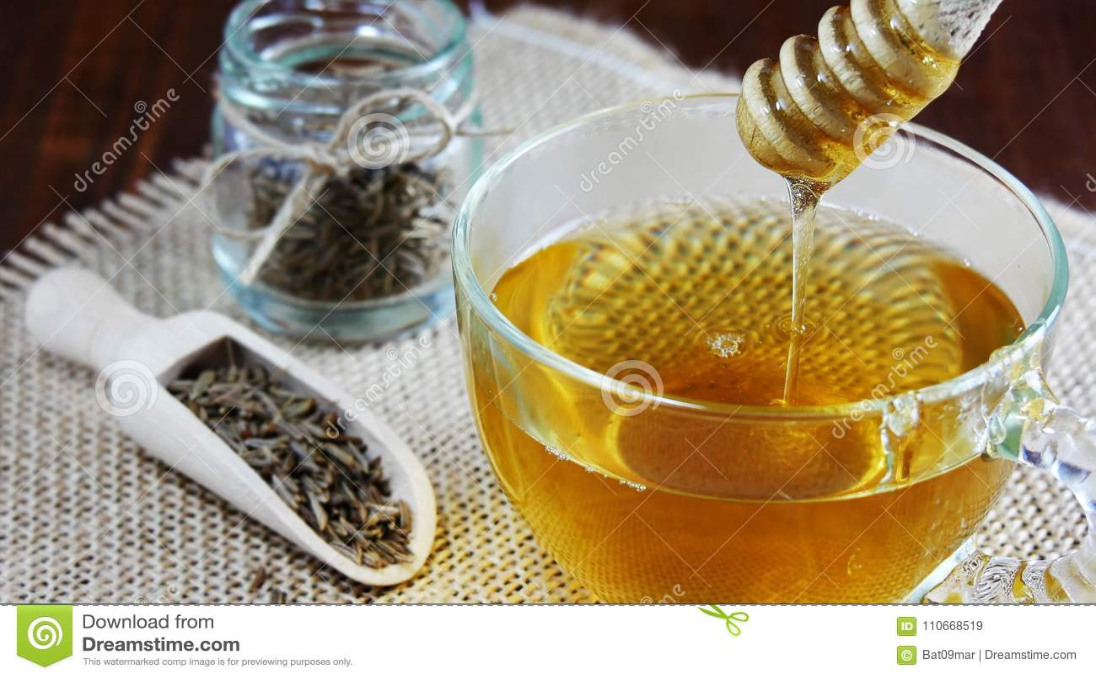 Thé de graine de cumin, l eau de jeera pour la perte de poids. Antioxydants, minerais.