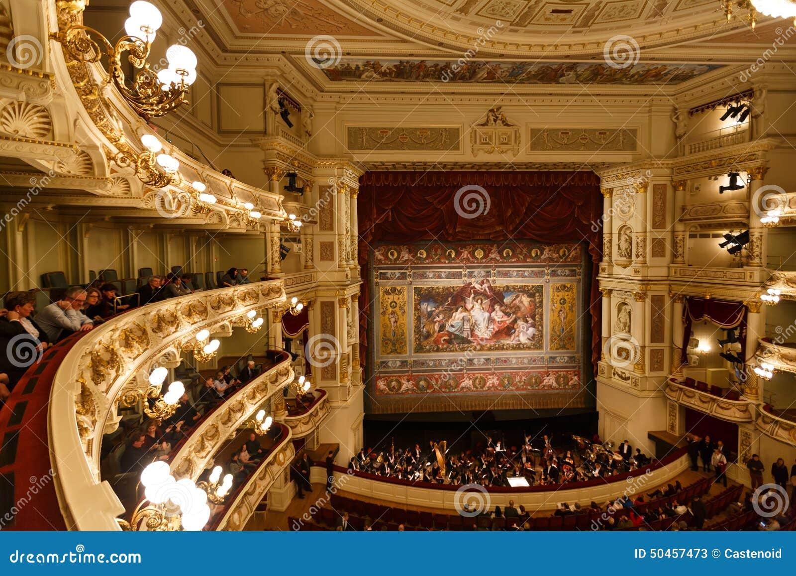Théatre de l opéra de Dresde d intérieur