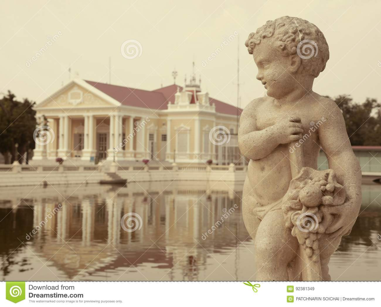 Thaïlandais romain