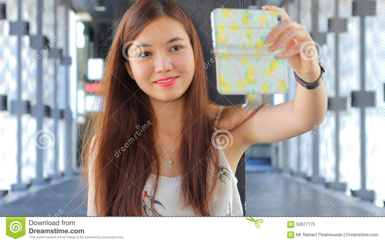 girl selfy Thai