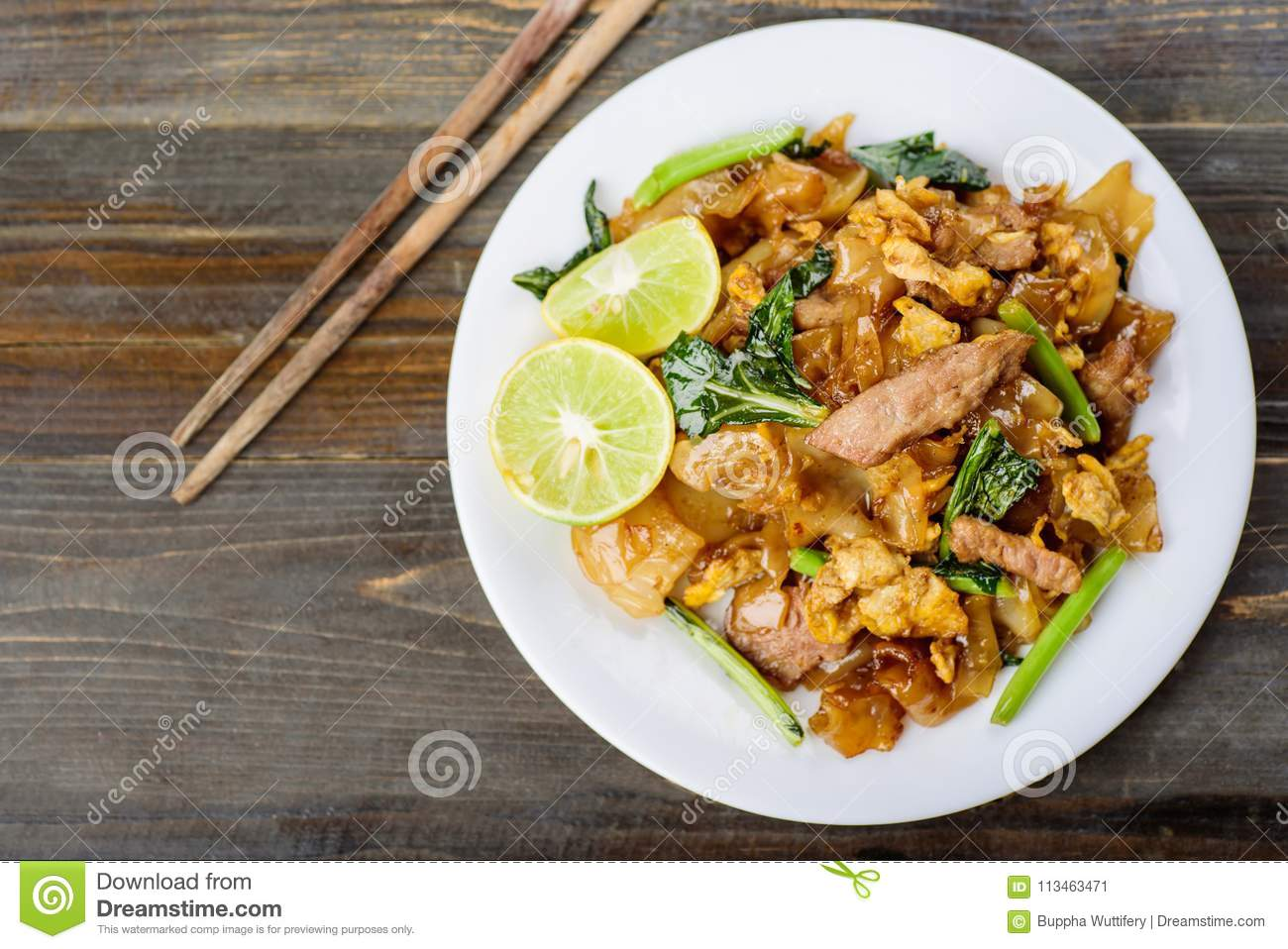 Thai food, stir fried rice noodle in soy sauce