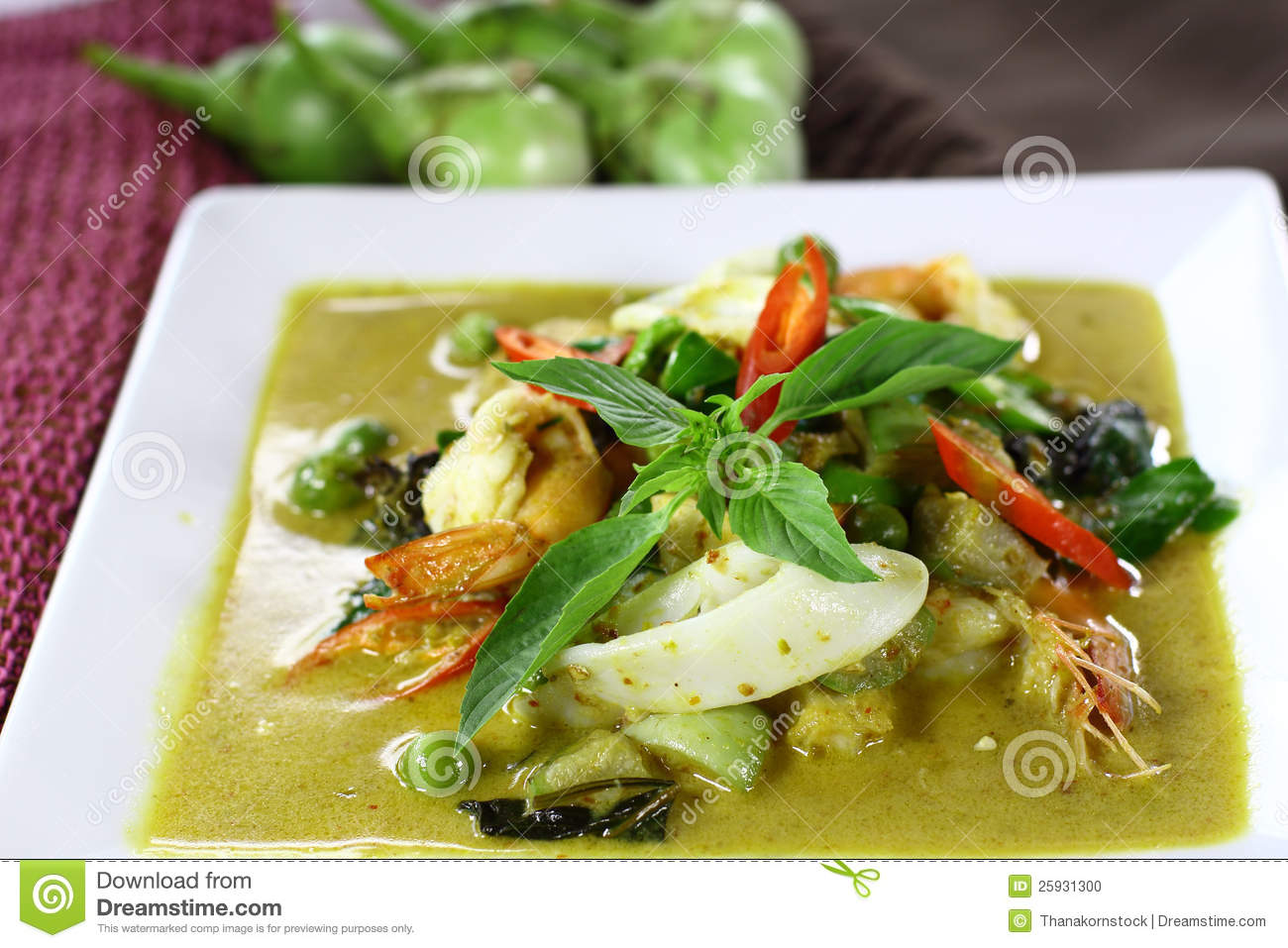 Thai Green Curry With Shrimp And Squid Stock Photo - Image: 25931300