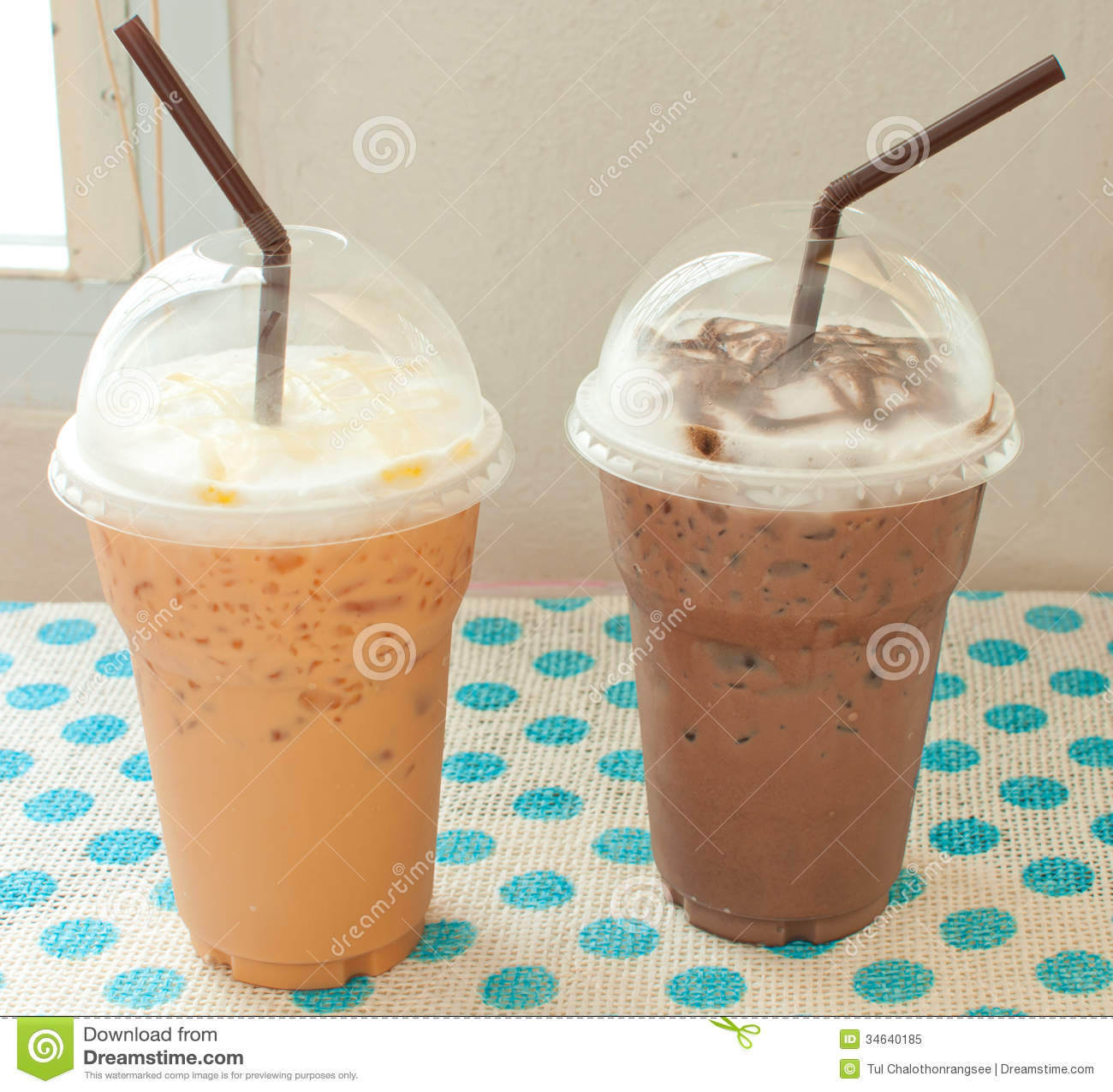 thai iced tea iced chocolate coffee shop 34640185   Iced Coffee Thai Iced Tea With Iced Chocolate Royalty Free Stock Photo Image
