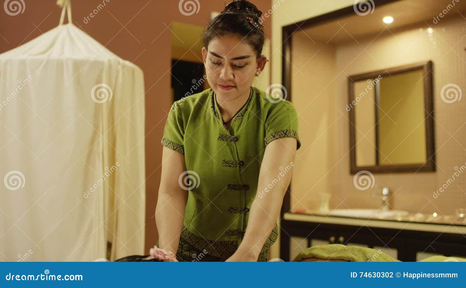 thai massage helsinki and woman