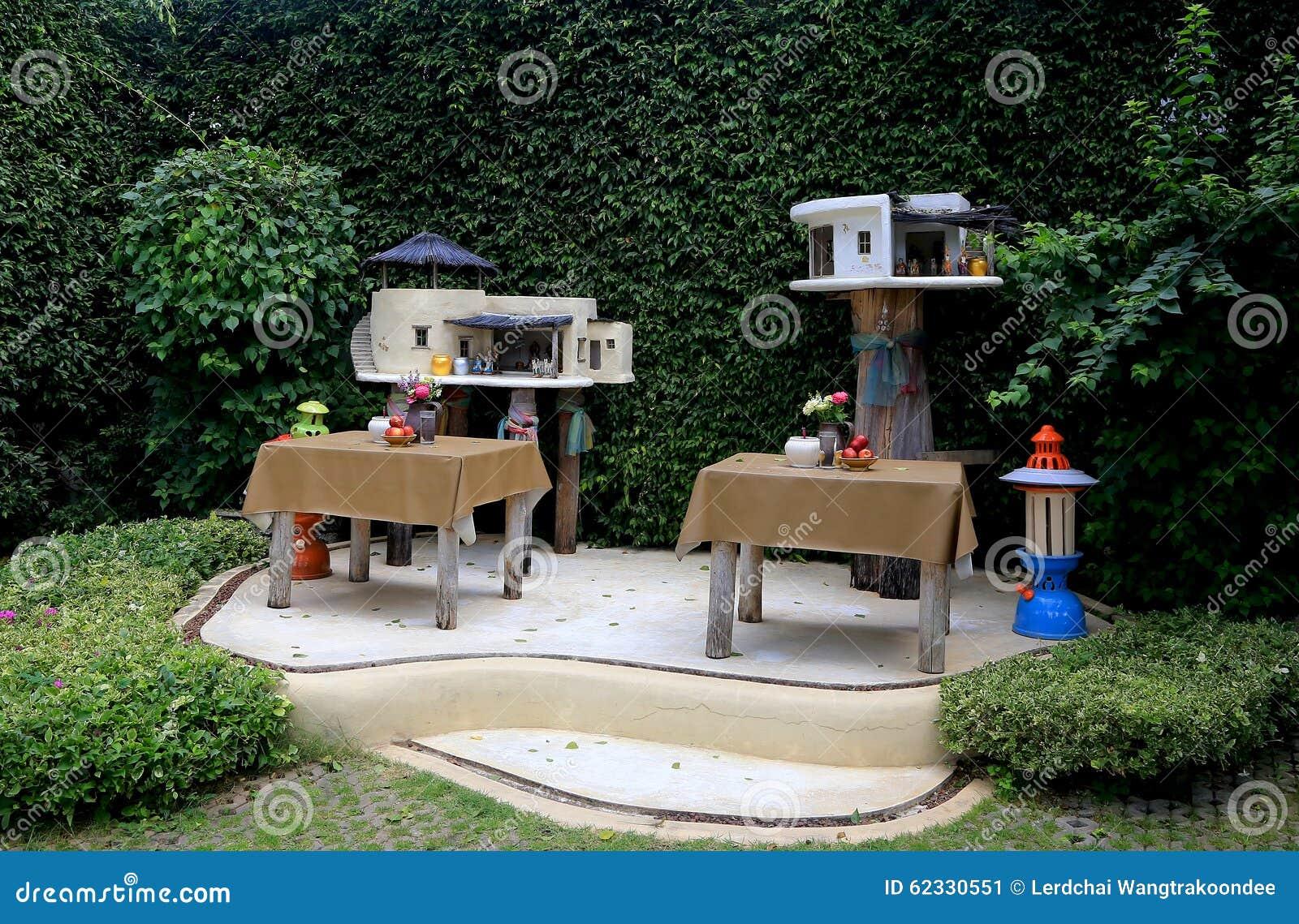 ^ hai Modern Spirit House Stock Photo - Image: 62330551