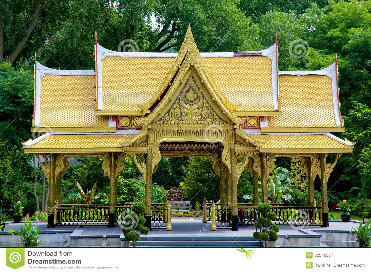 Fall Comes To Garden Of Thai Pavilion >> Thai Pavilion Sala Stock Image Image Of Temple Palace 32540377