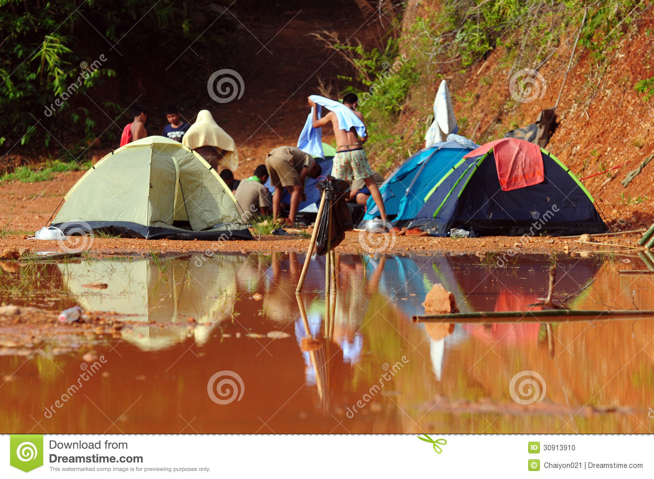 school camping trip essay Class trips are a more visual and hands-on way for a go on trips and that they just go to get out of school and to hang out during or after the trip.