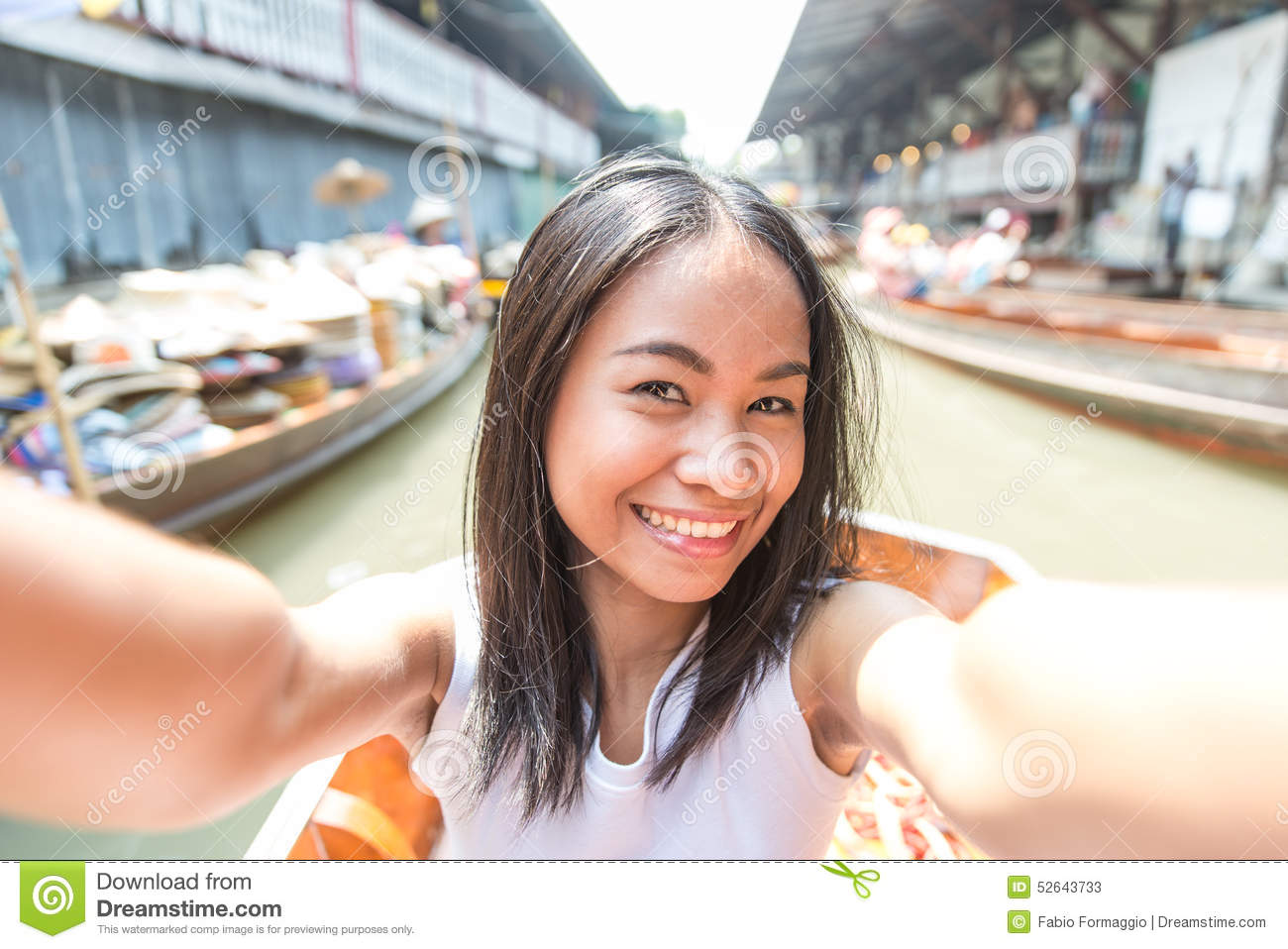 selfy Thai girl