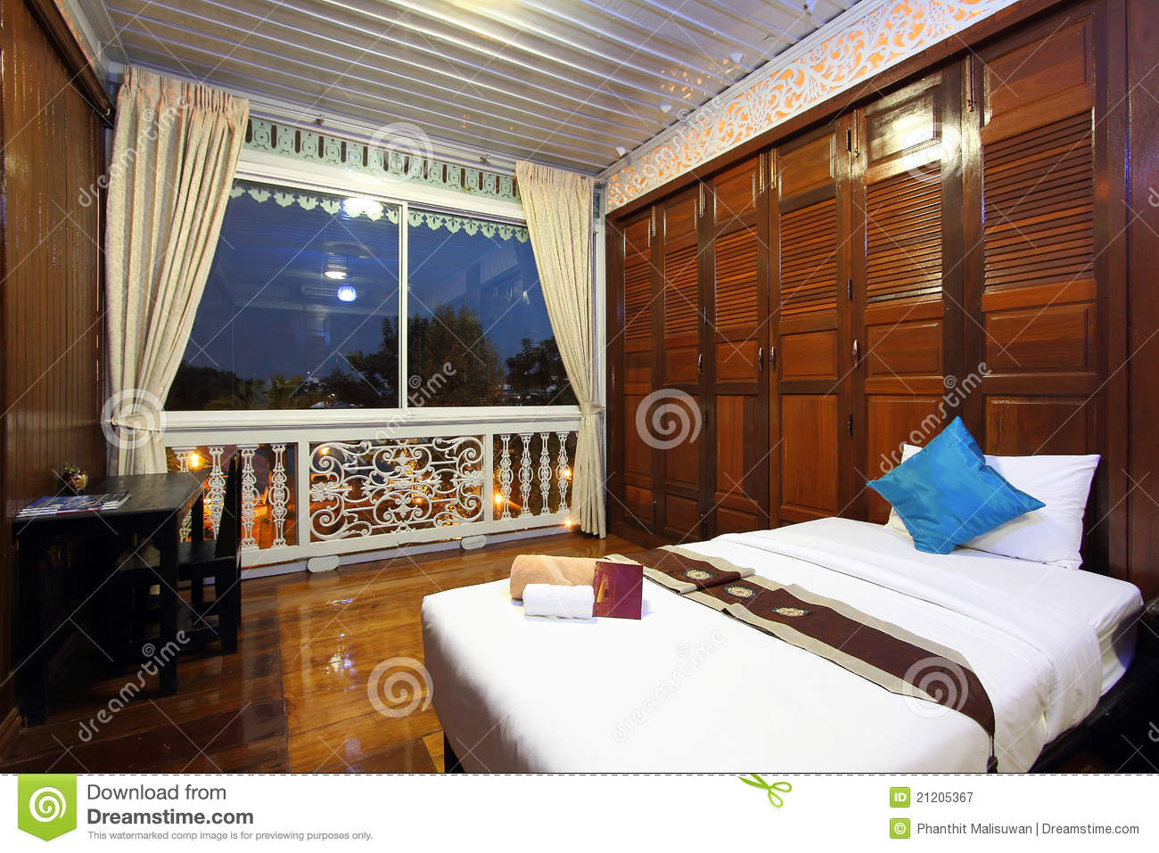 Thai Style Tropical Hotel Bedroom Stock Image - Image of ...