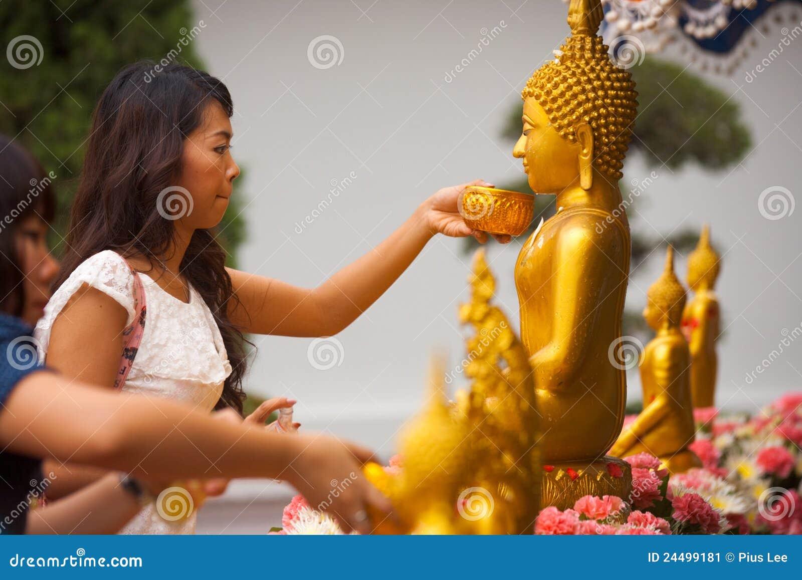 Thai Woman Bathing Buddha Statue Editorial Photo Image