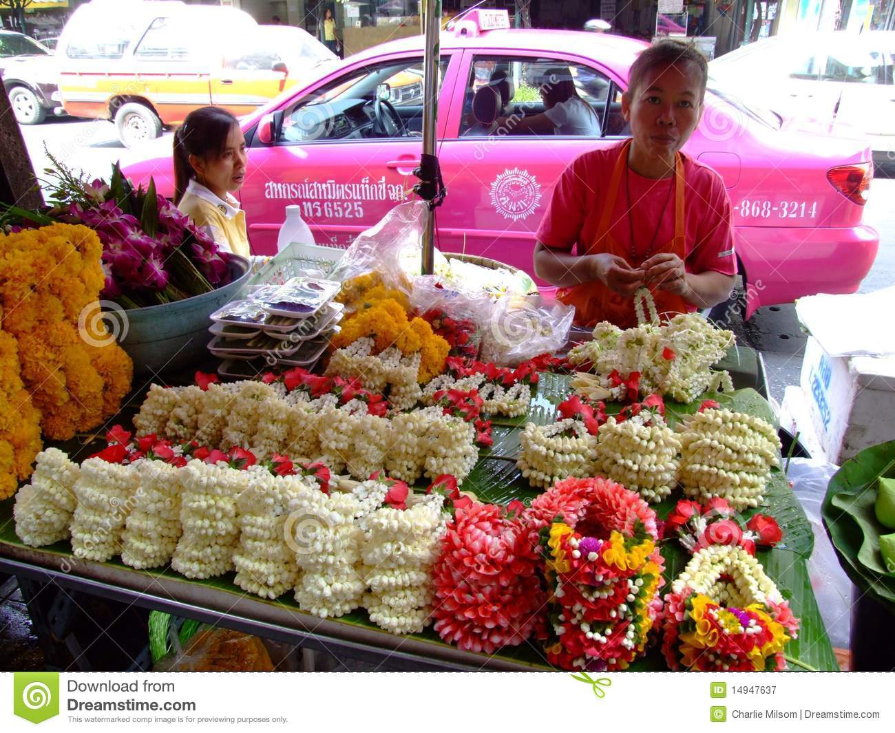 sellers buddhist single women Man and woman must have freedom either to get married or to remain single this does not mean that buddhism is against marriage nobody in this world would say that.