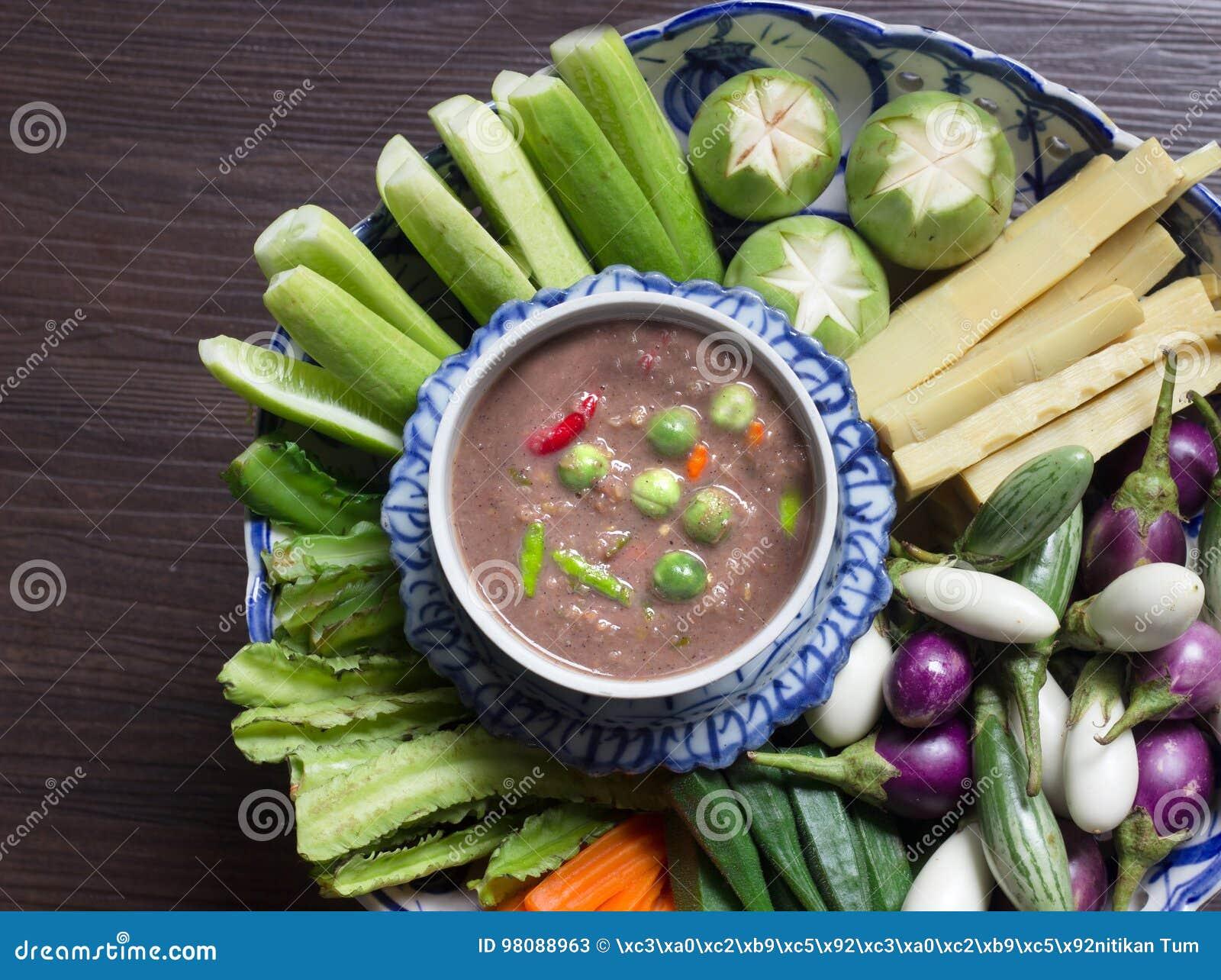 Thailändische Lebensmittel Paprikapaste Und -gemüse Stockbild