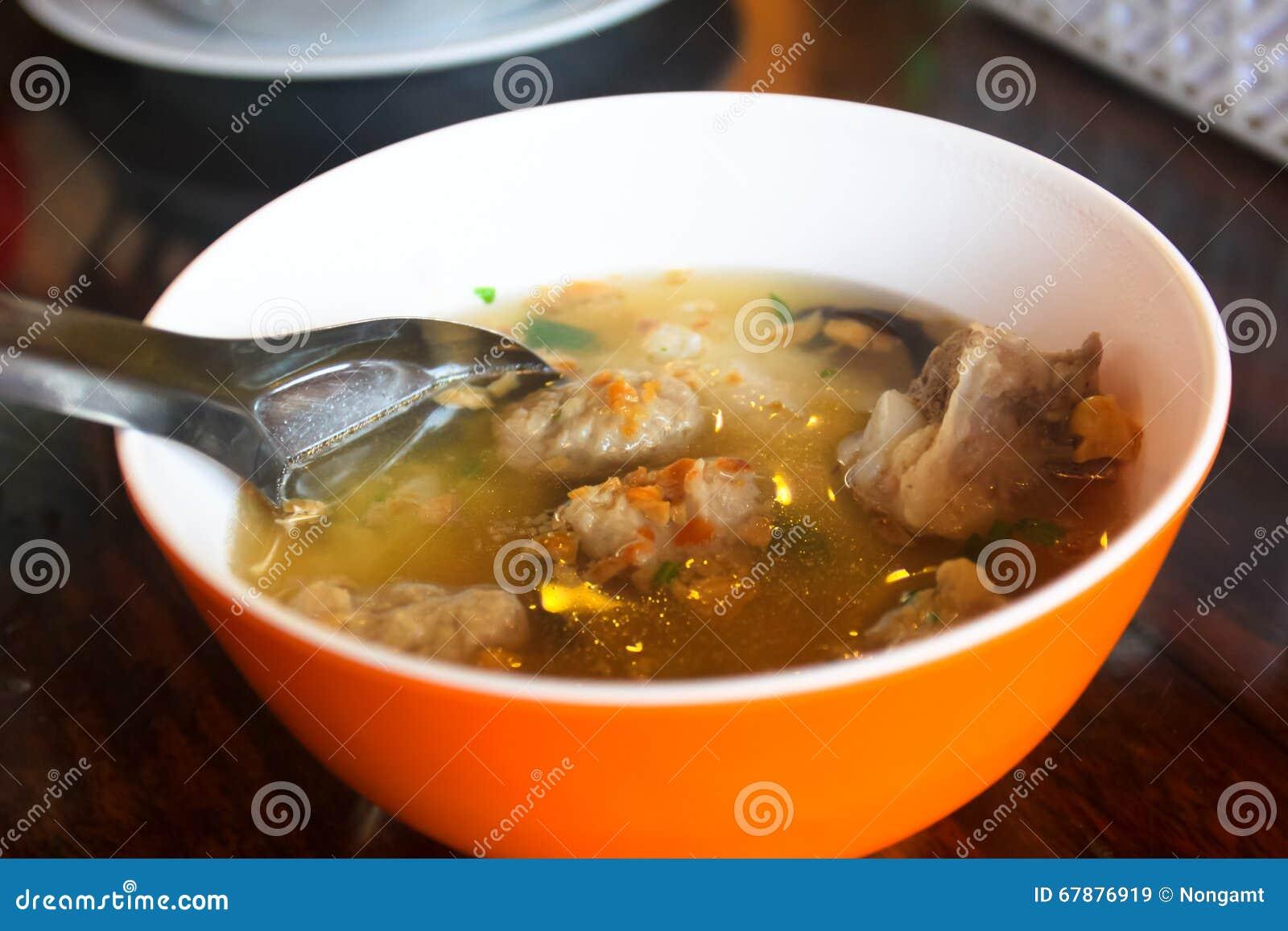 Thailändsk lokal matsoppastil
